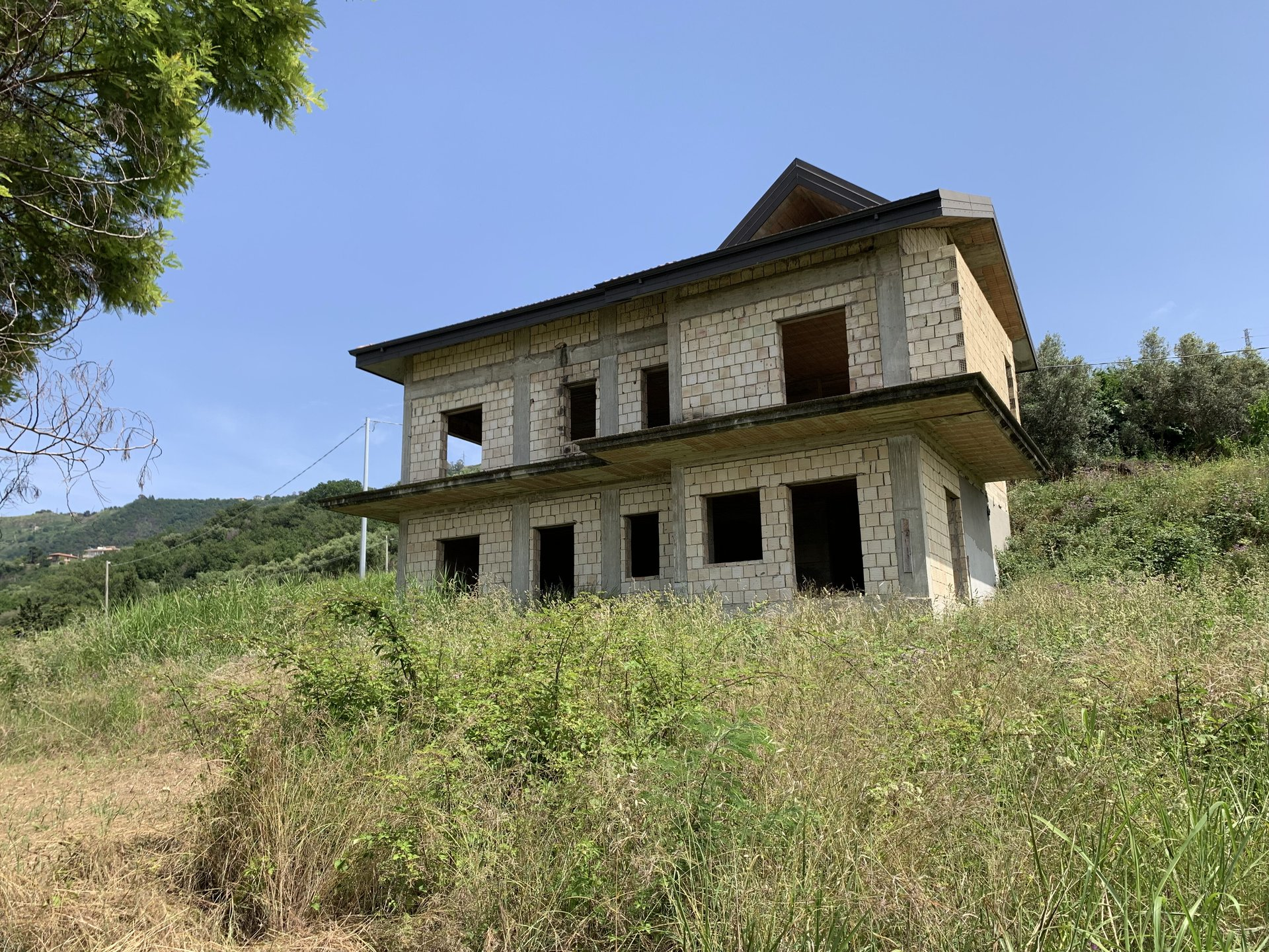 Finalize your own newly built property - villa or different apartments