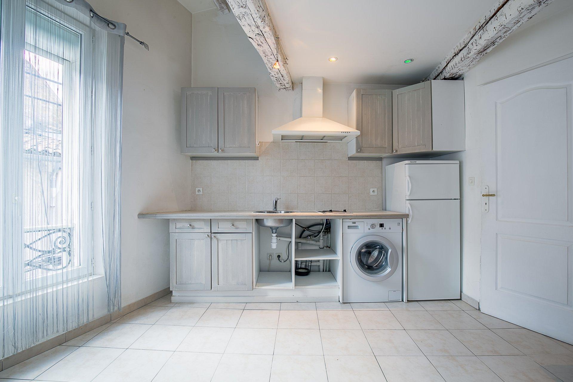 Appartement type 2 refait à neuf