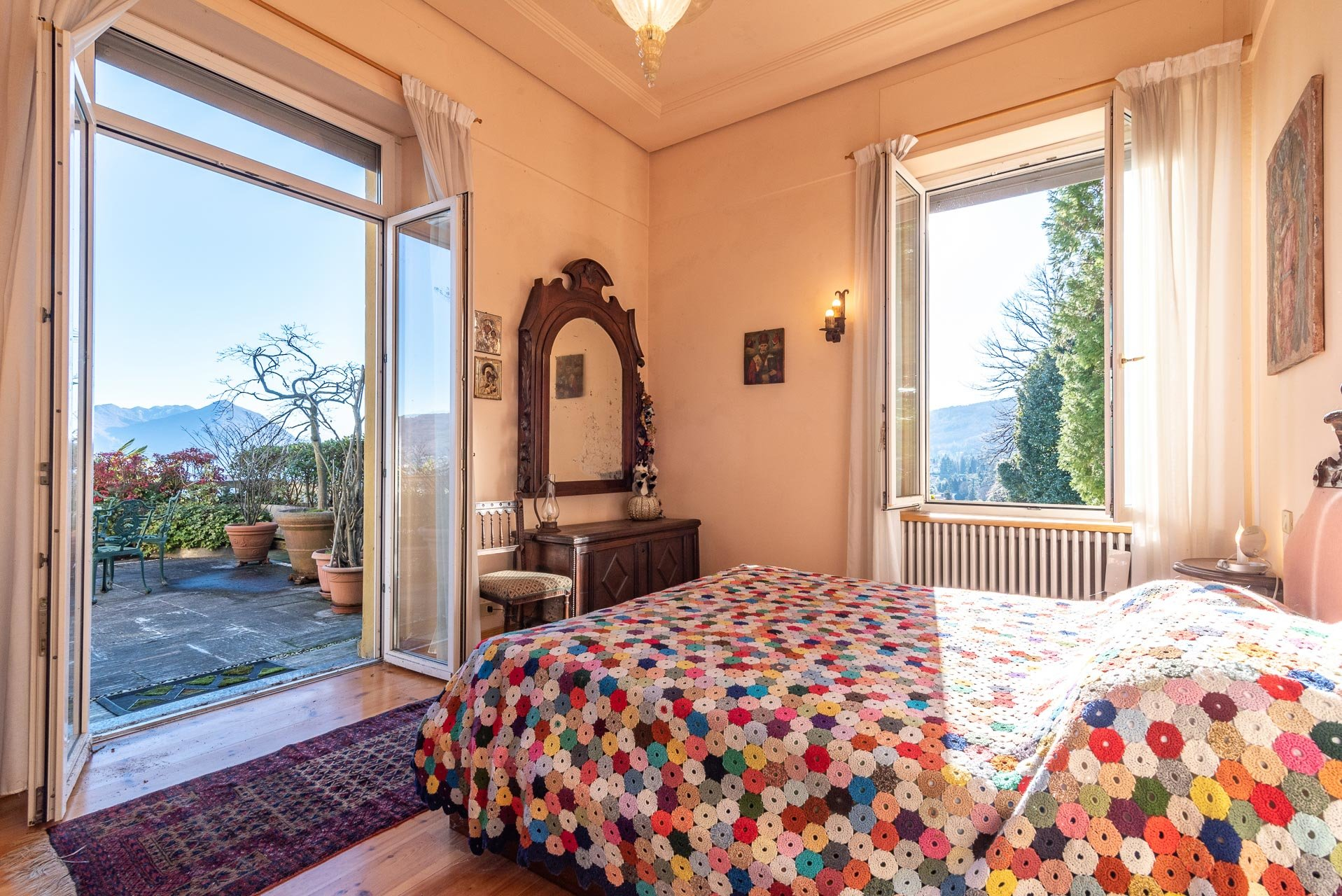 Lake view apartment for sell in Baveno - bedroom