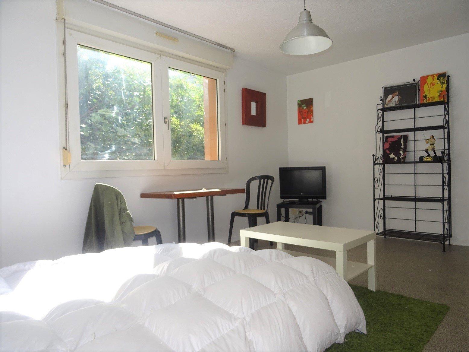Saint-Michel, Studio meublé de 26 m².