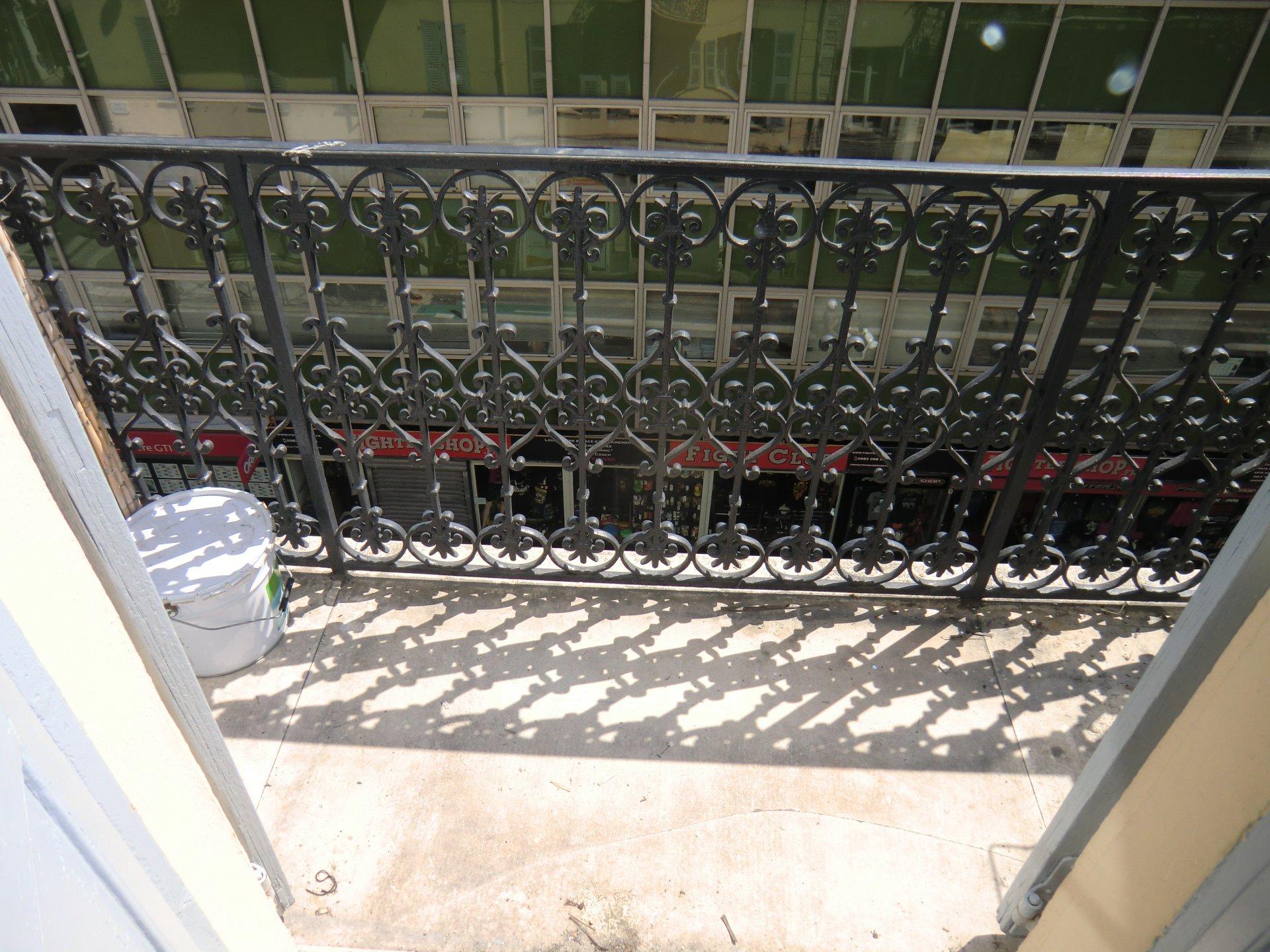 2/3  Pièces à vendre Nice, Pastorelli