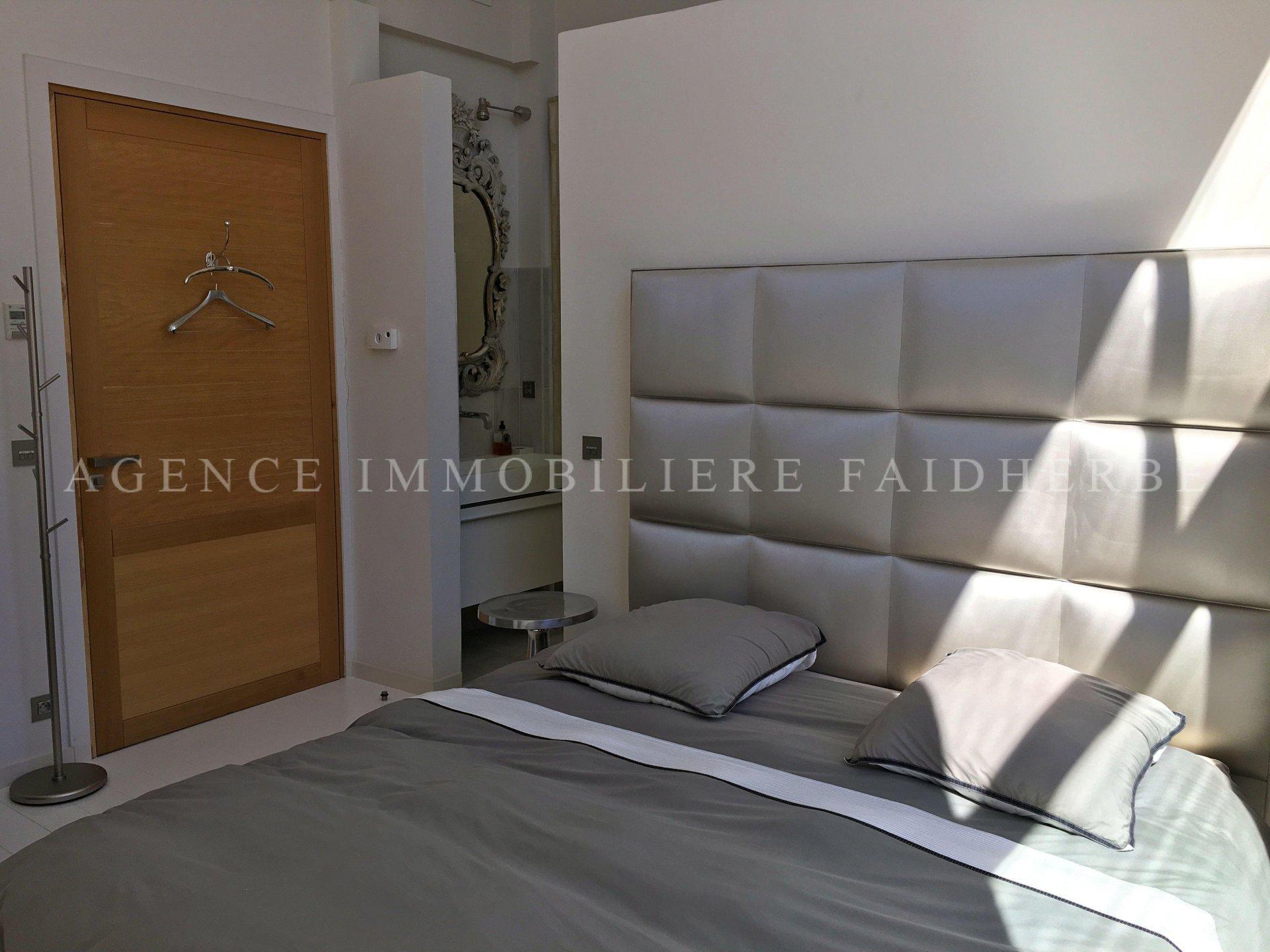 Villa contemporanea a 700 metri da Place des Lices