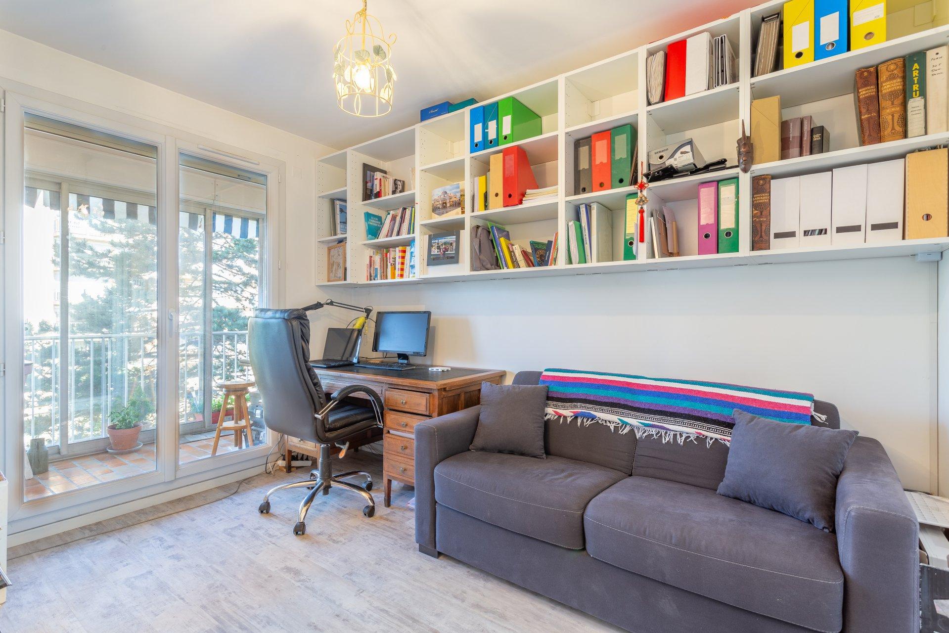 Appartement T4 rénové avec Garage Bourgoin