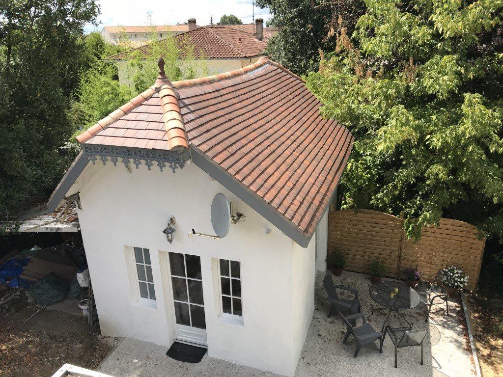 Belle et grande maison située Rive droite à Bergerac avec dépendance !