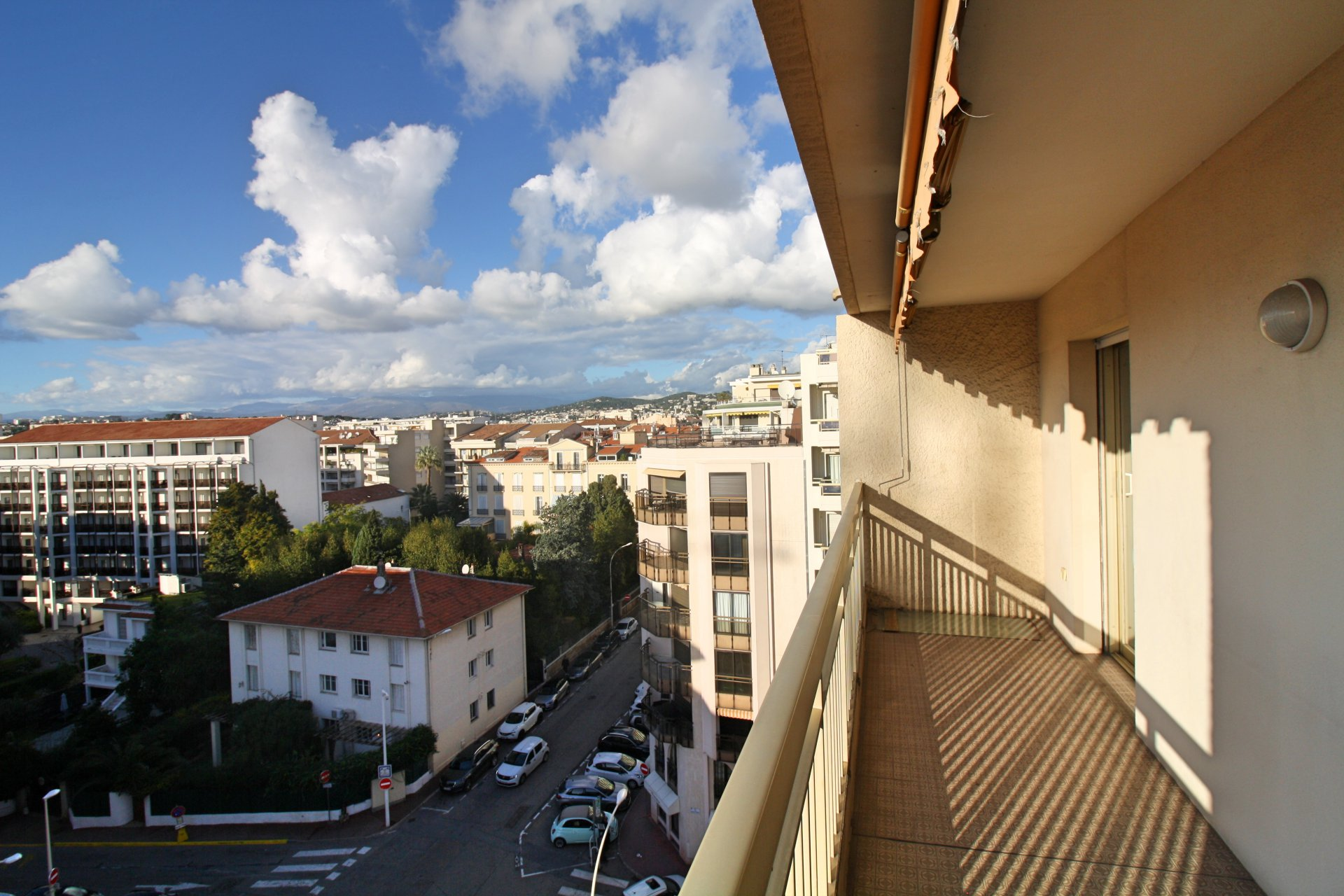 Rental 2 bedroom for  holidays and congress Cannes