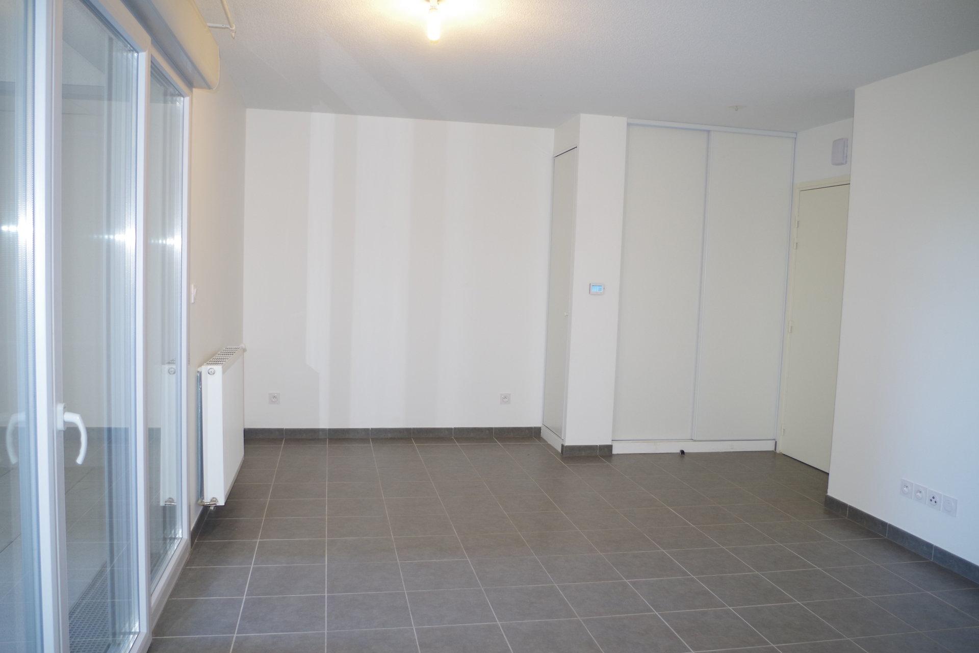 APPARTEMENT T2 - 40 m² - SAINT-JEAN