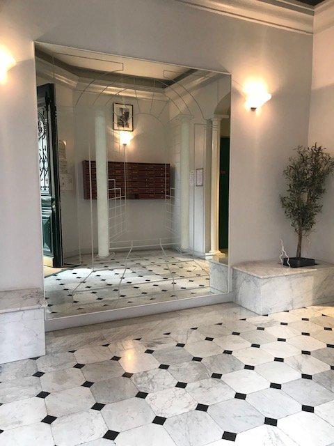 «Les Princes» Monaco Le Port Appartement 2 Pièces Usage Mixte  2 300 000€