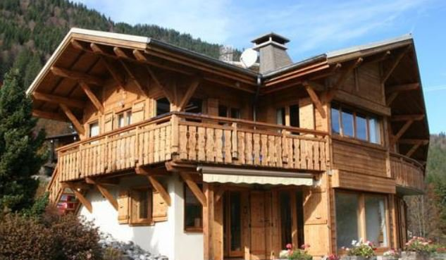 Architect's chalet ( cottage) at the doors of the sun 5 bedrooms