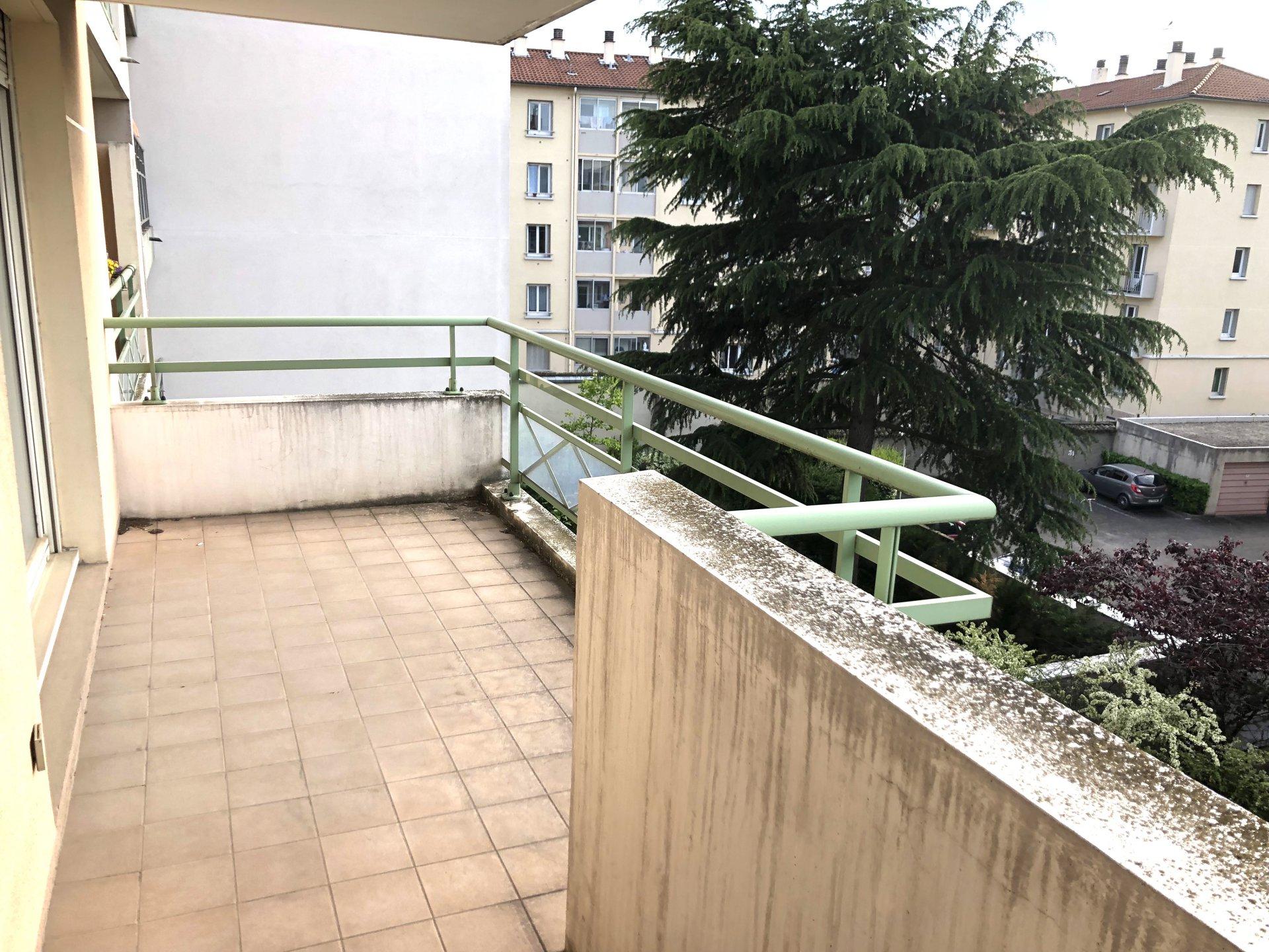 MONPLAISIR - Joli T3 de 67 m2 avec balcon de 8 m2