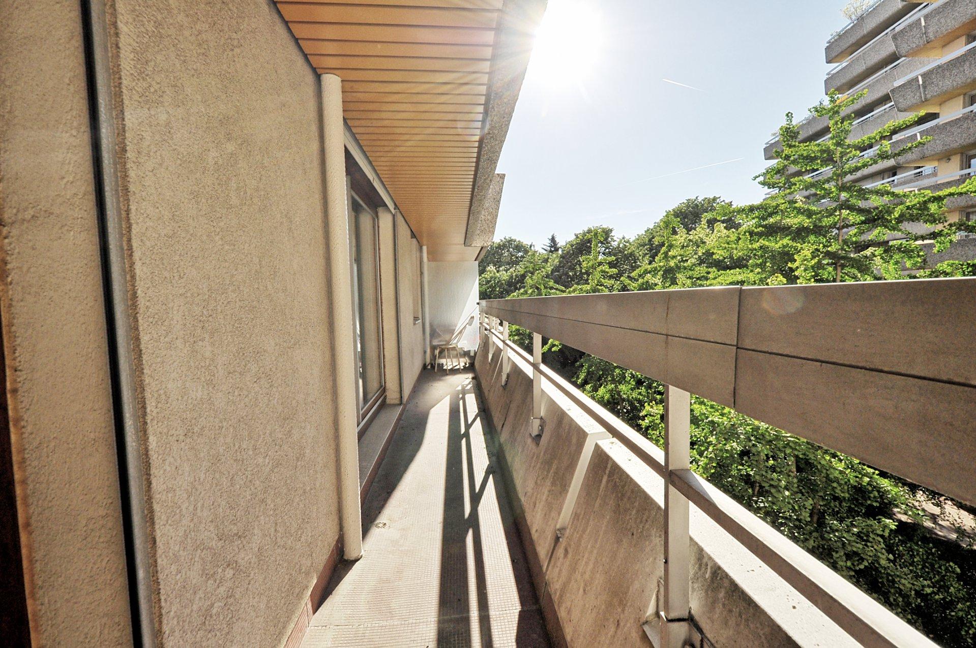 Les Passages - grand 2 pièces balcon parking