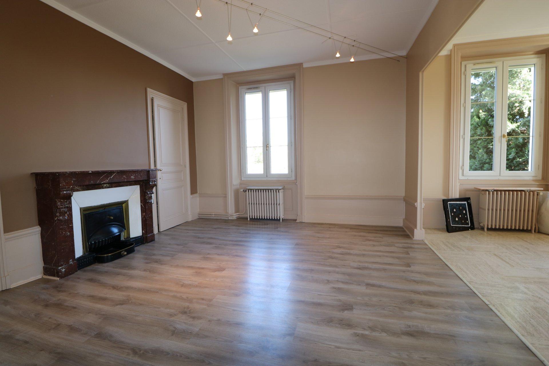 Maison bourgeoise 340 m2 habitables