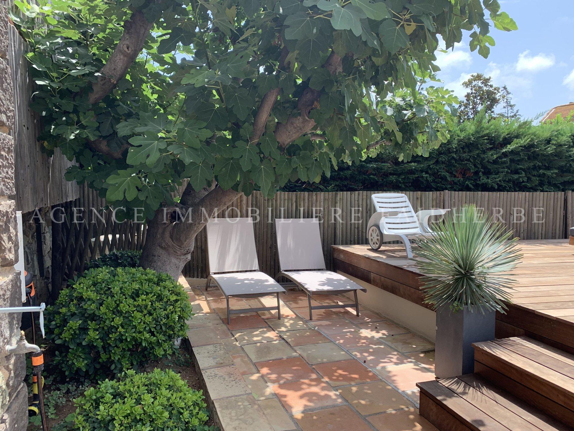 La Citadelle, apartment with garden