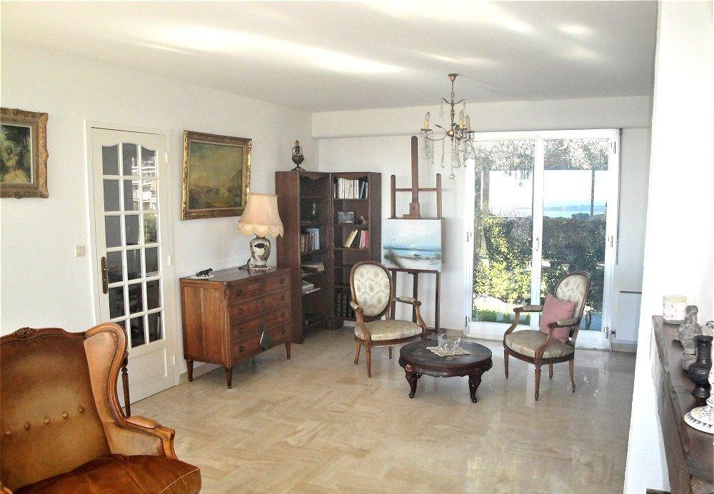 Belle villa vue mer,  Vallauris, région Côte d'Azur