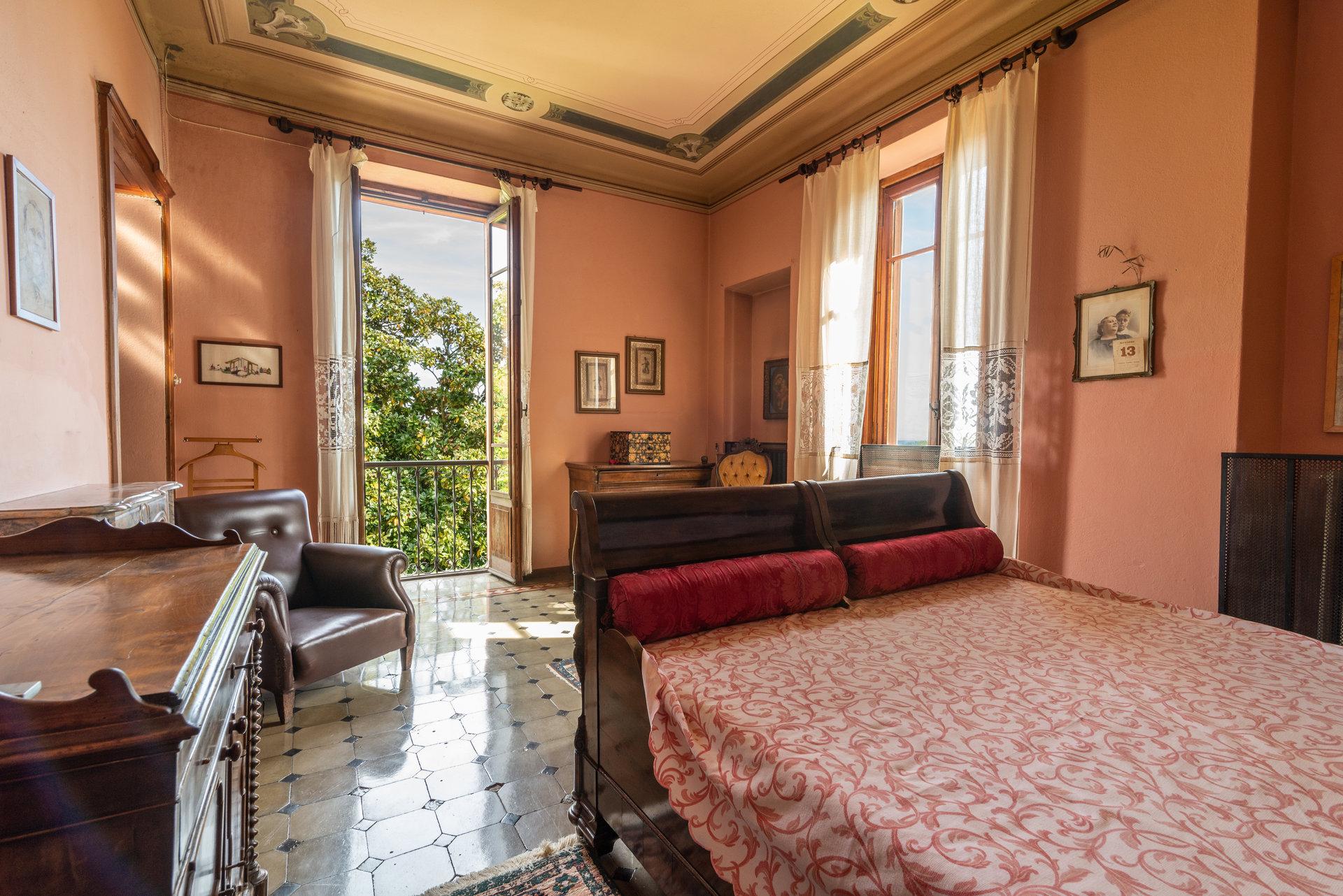 Proprietà storica in vendita al Lago Maggiore