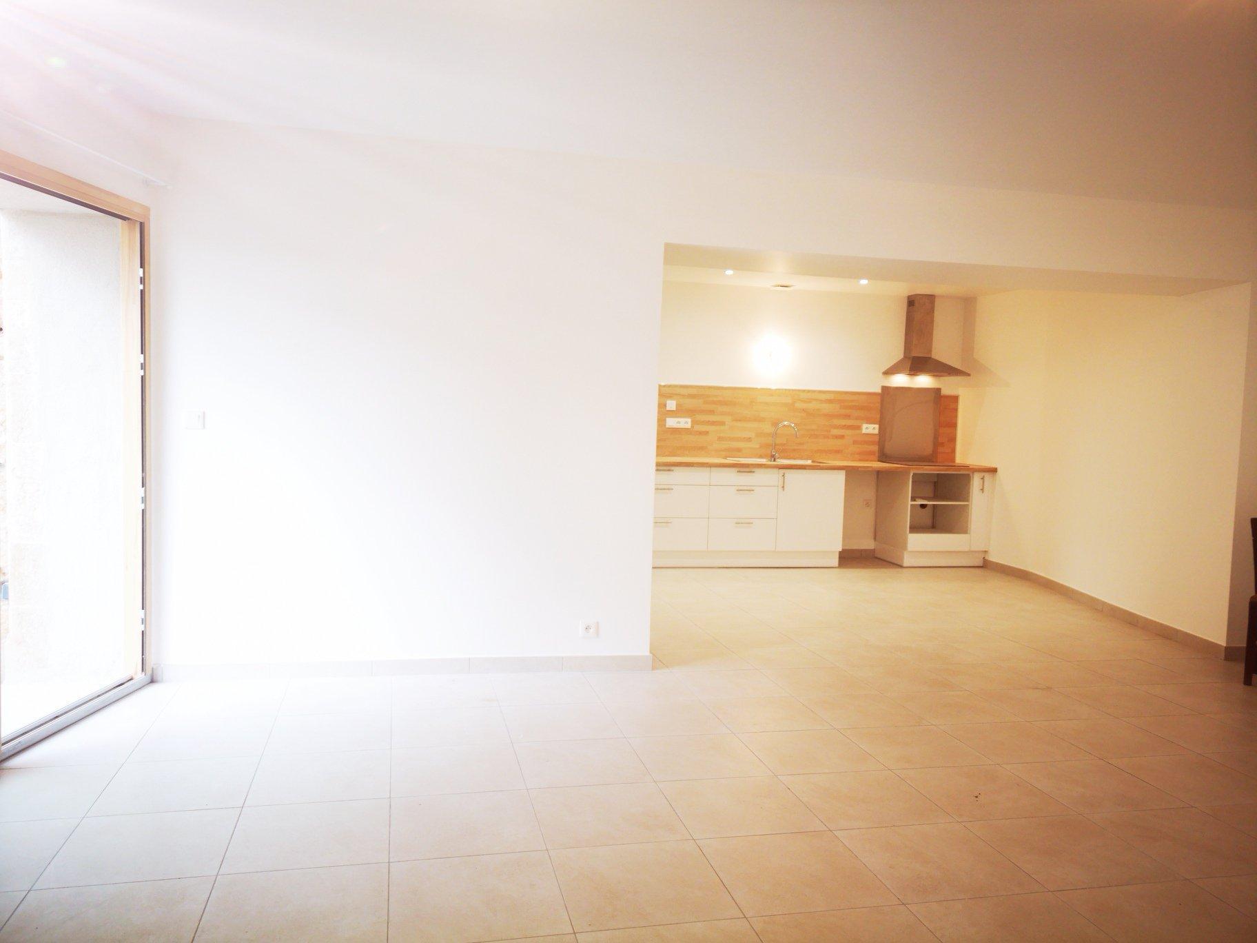 Location Appartement - Venejan