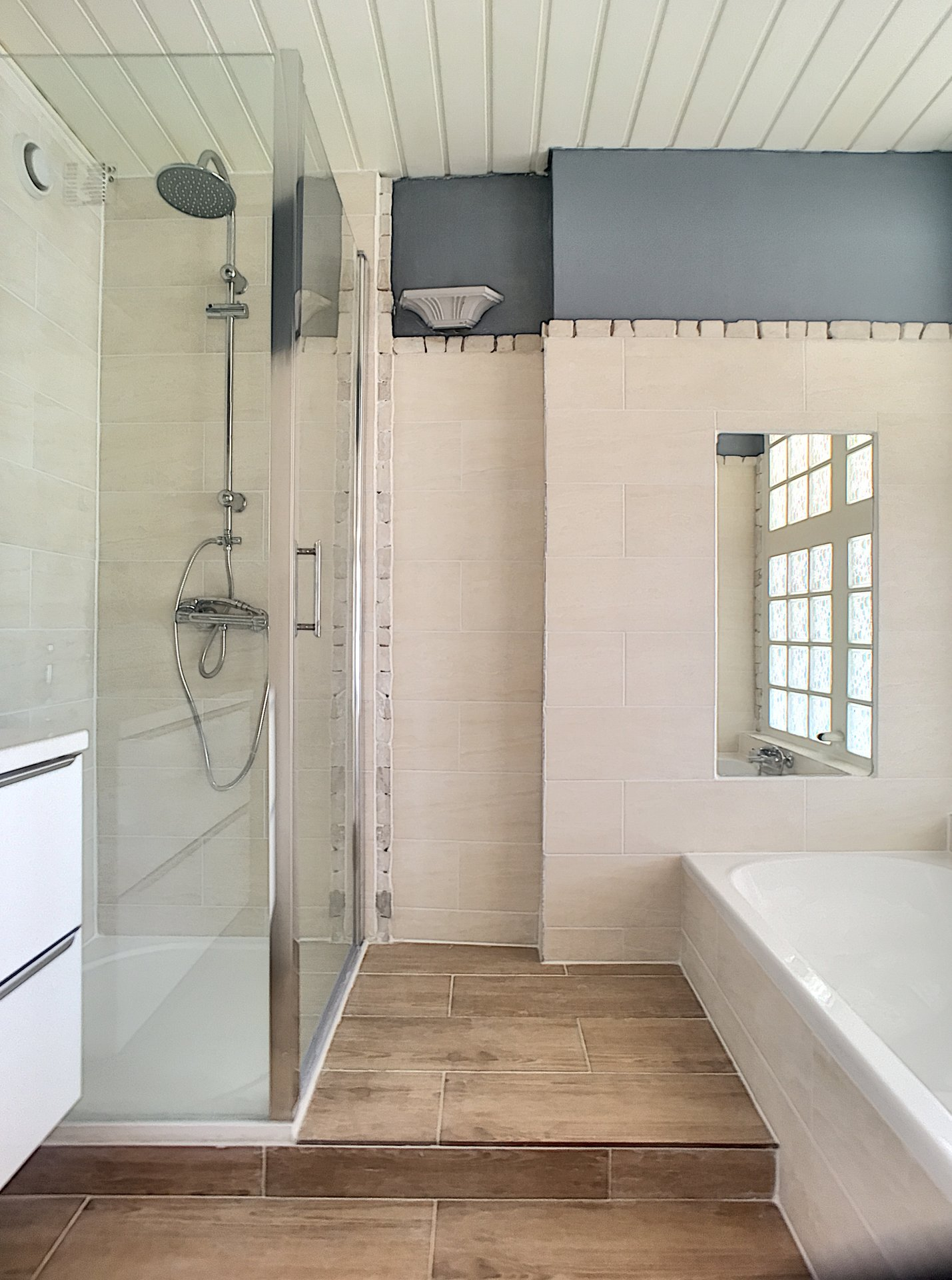 SAINT LAURENT DU VAR (06700) - Appartement - 2 chambres - 3 pièces