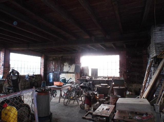 Haus mit Werkstatt bei Le Dorat in der Haute Vienne