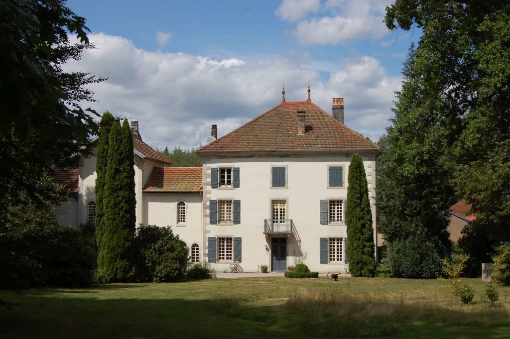 VOSGES - Beautiful 18th century property used as B & B