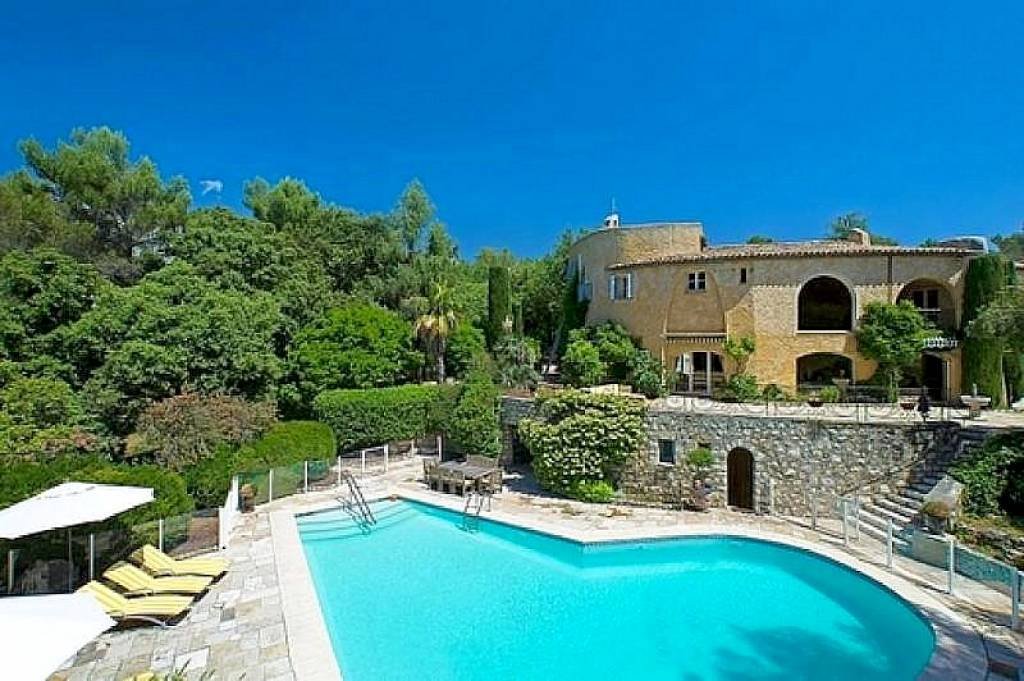 Private Estate near Valbonne