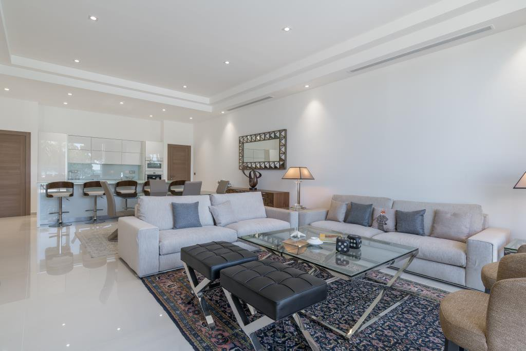 CANNES CROISETTE - SPLENDID APARTMENT/VILLA OF 213 M²