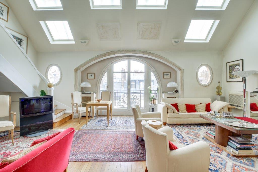 Hauteur sous plafond, fenêtre de toit
