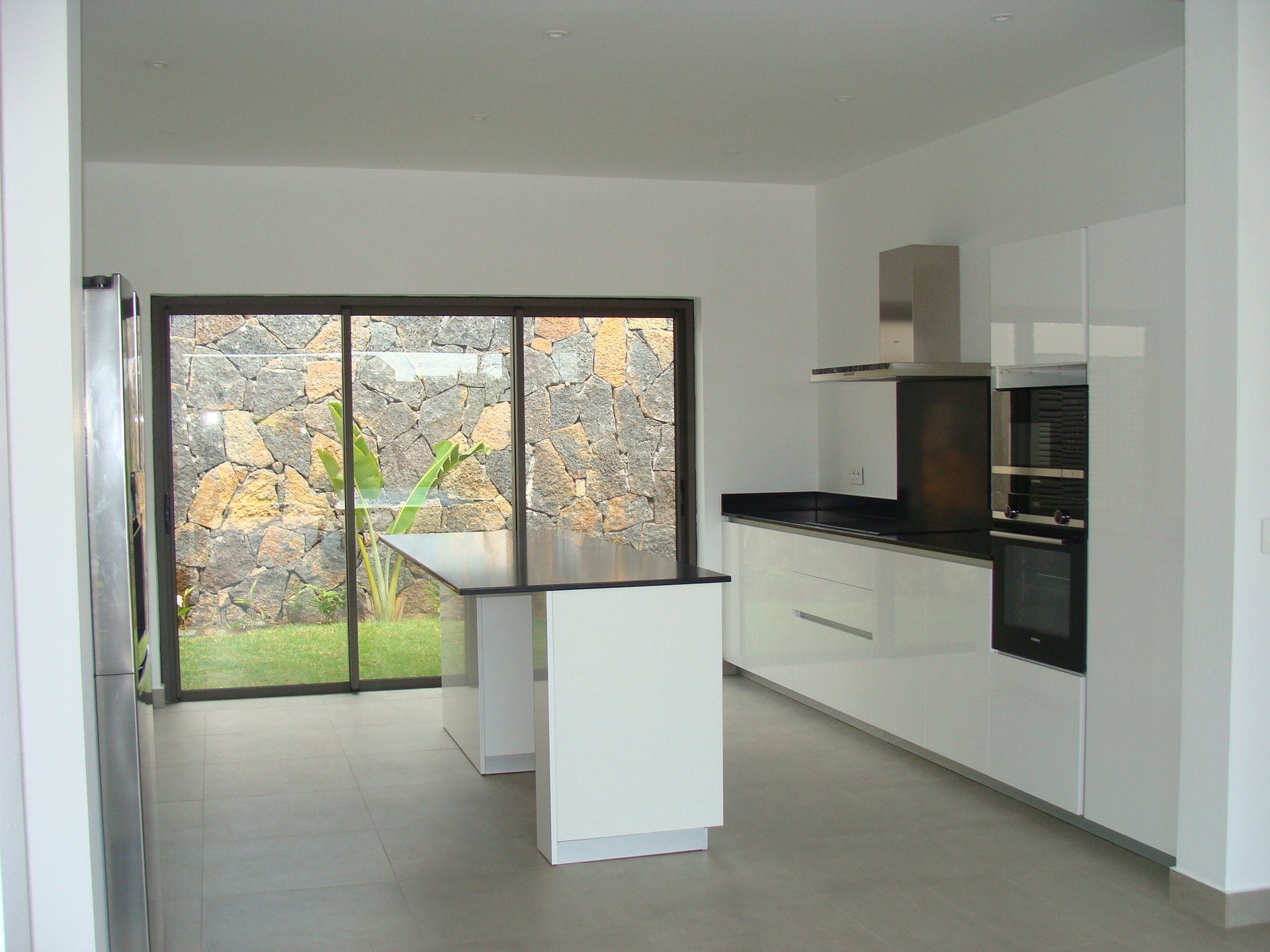 Modern villa in Grand Bay