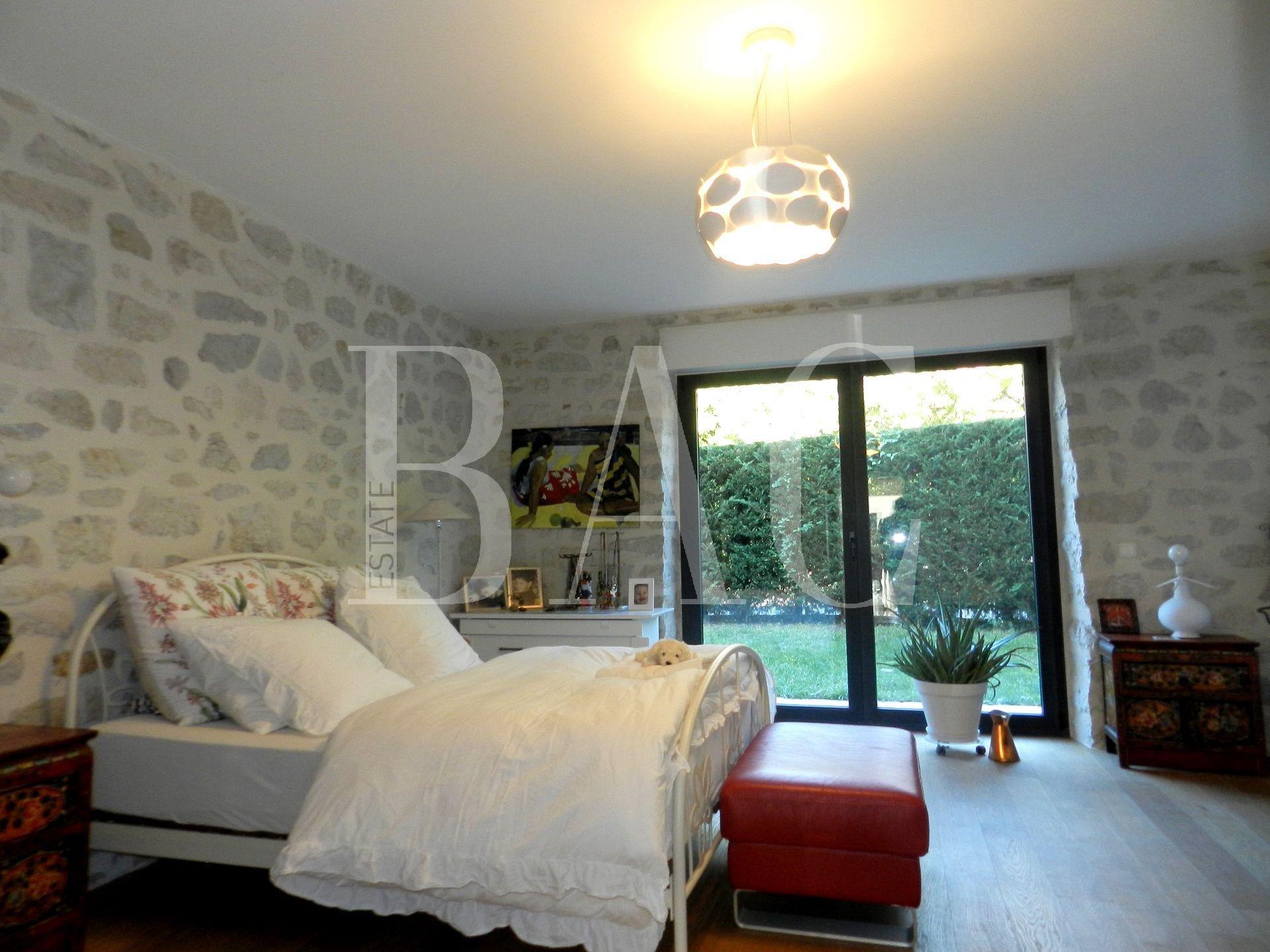 Superbe appartement à 4 km de Genève