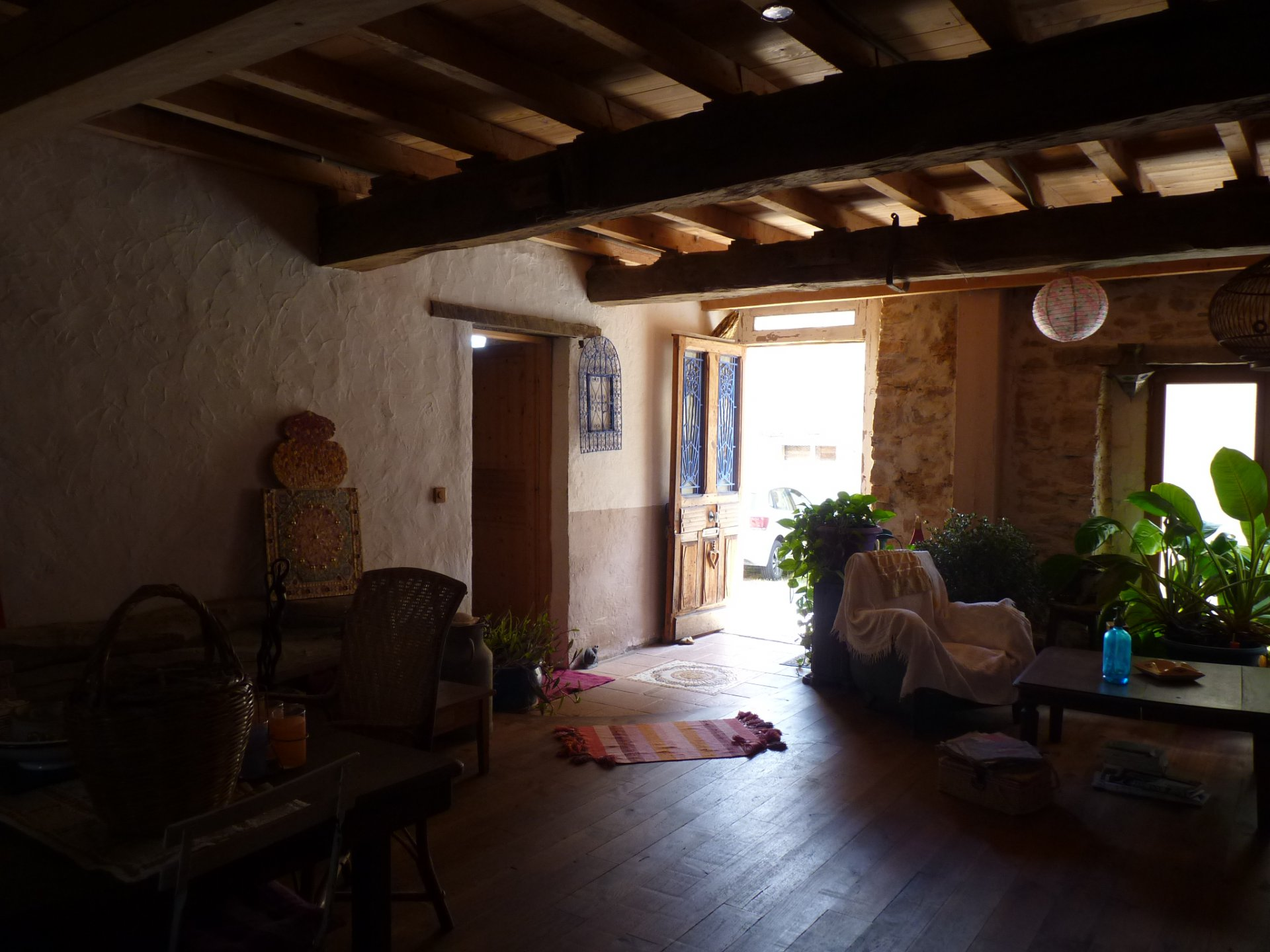 Pretty village house 170m² T4 / 5 with garden of 150m²