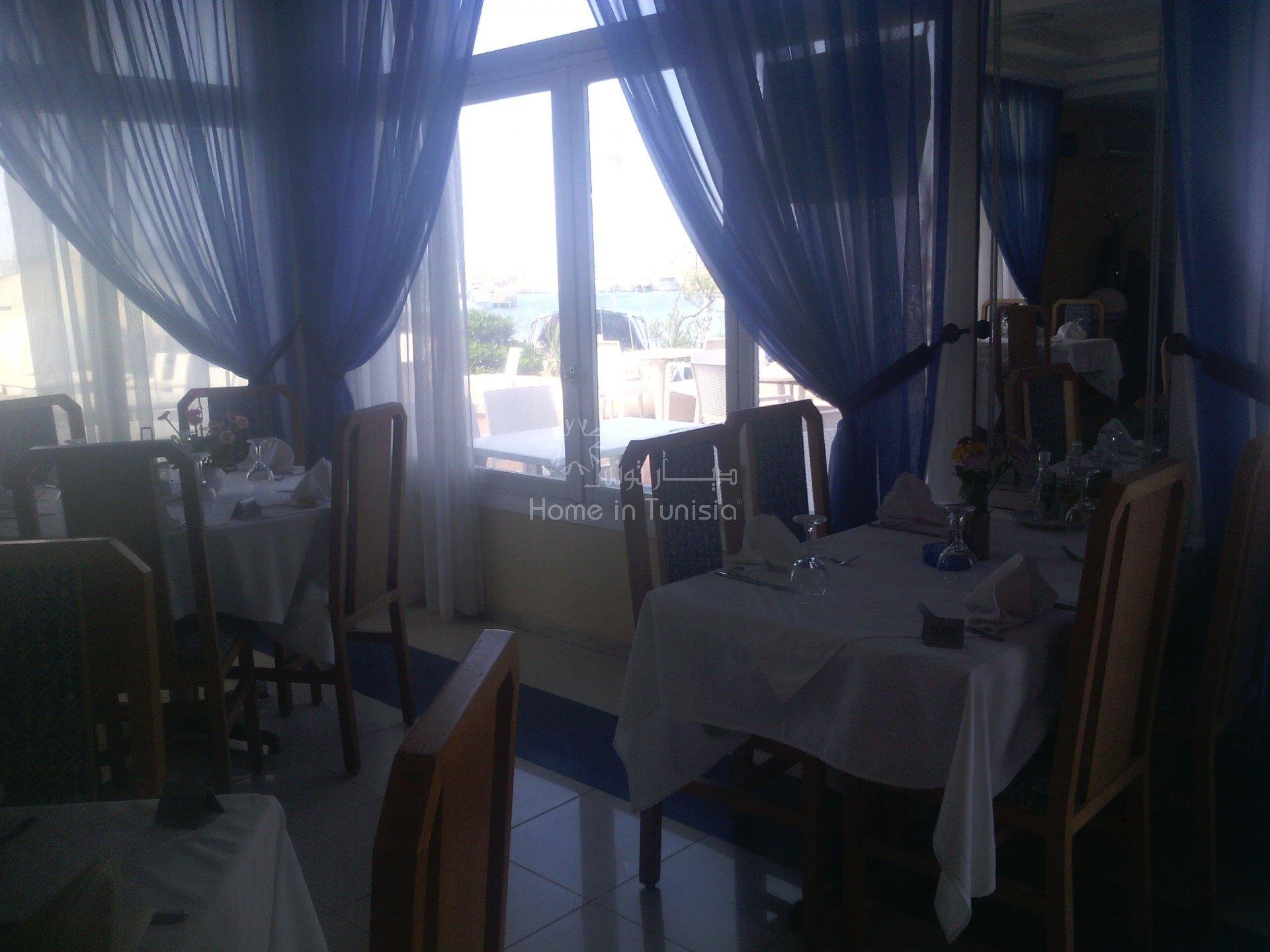 vente mur et fond de commerce restaurant marina monastir
