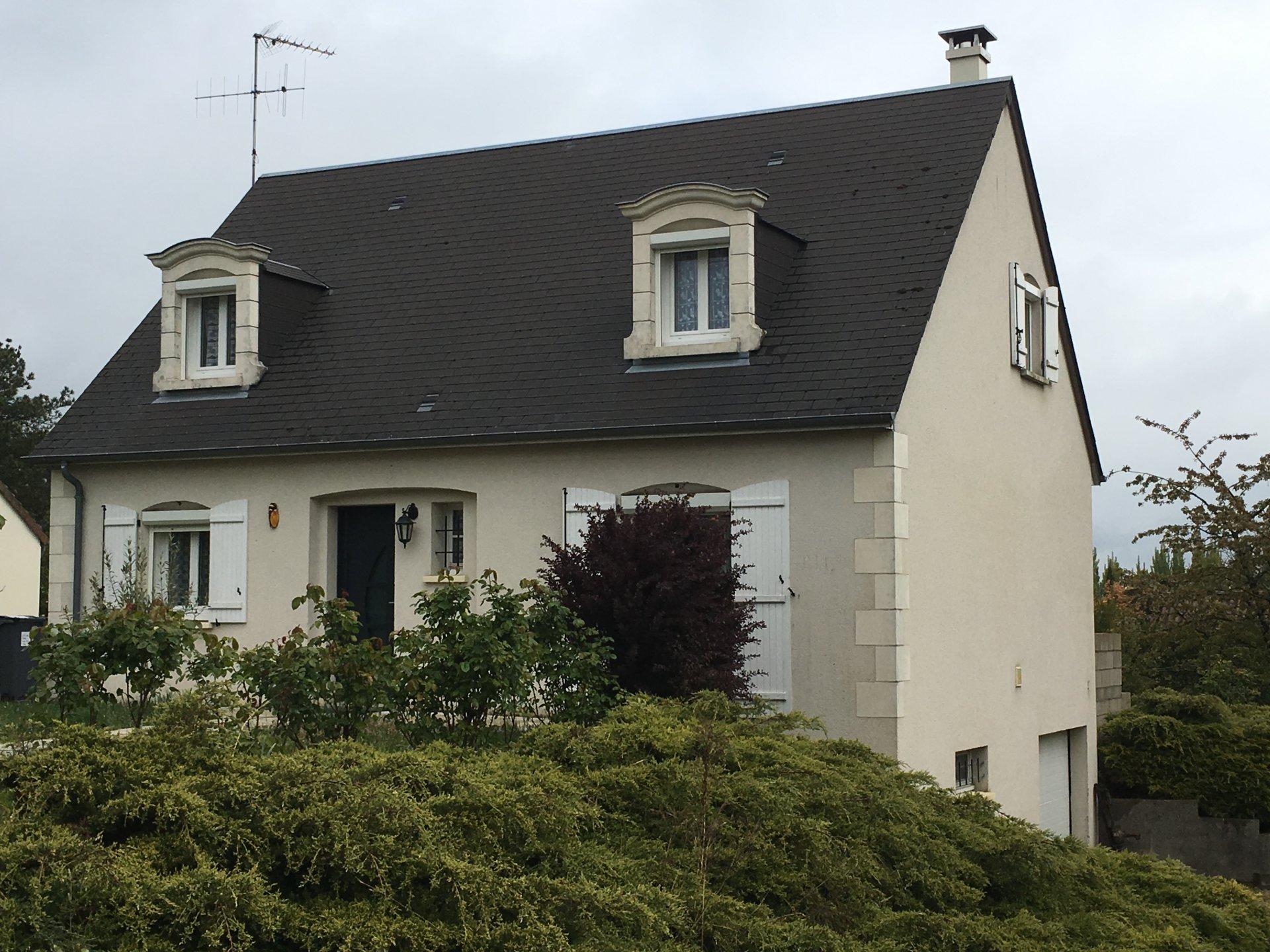 Sale House - Cinq Mars La Pile
