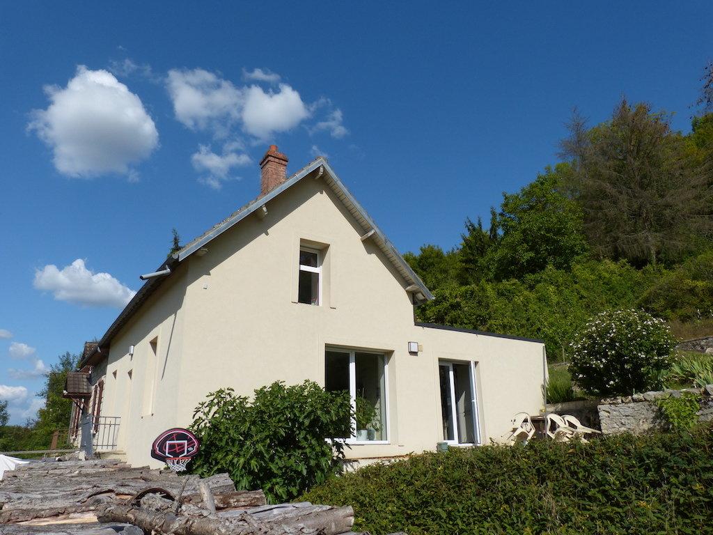 Très belle maison rénovée en village