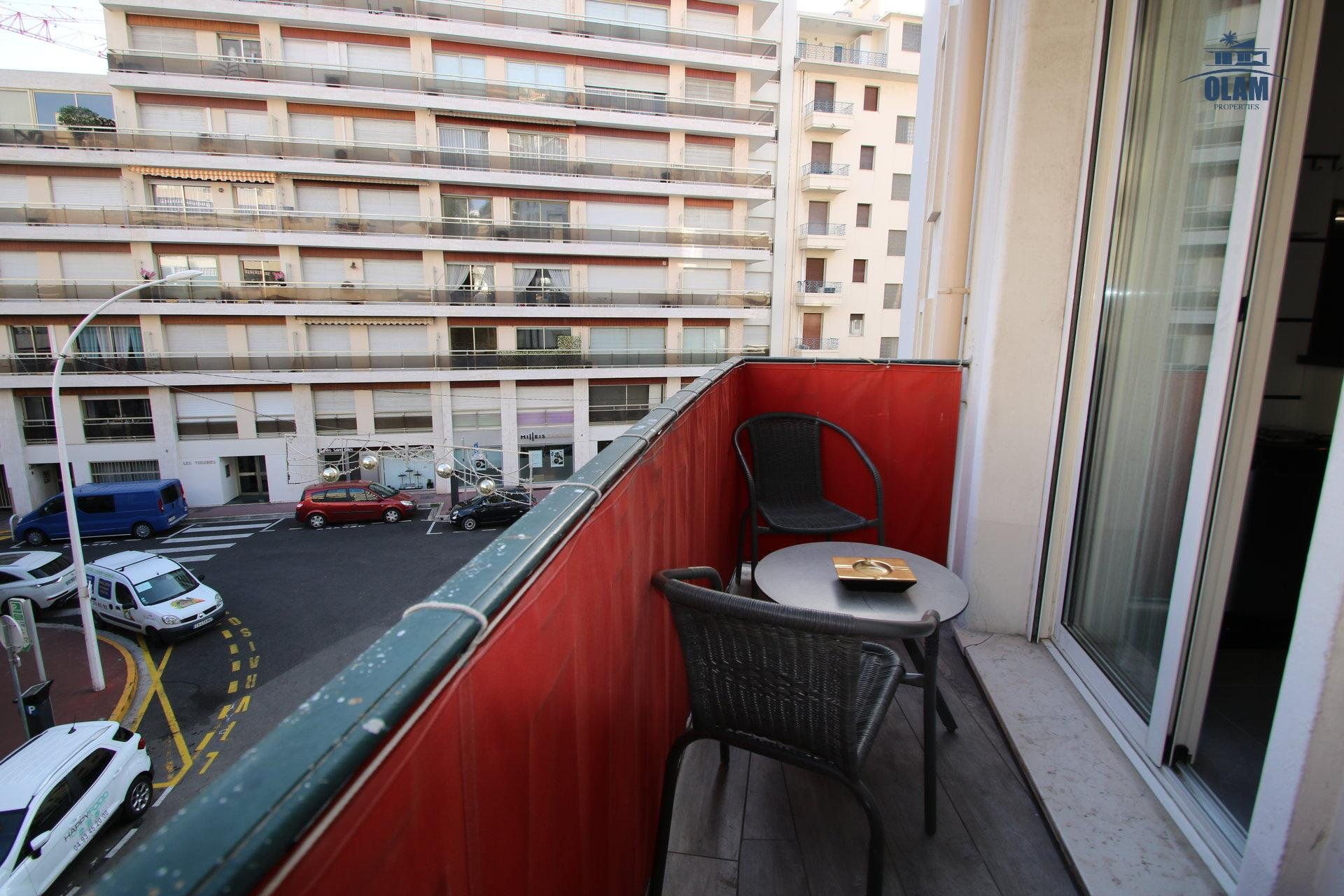 Balcony, Cannes, 2 bedroom apartment, Croisette, Armenonville, French Riviera