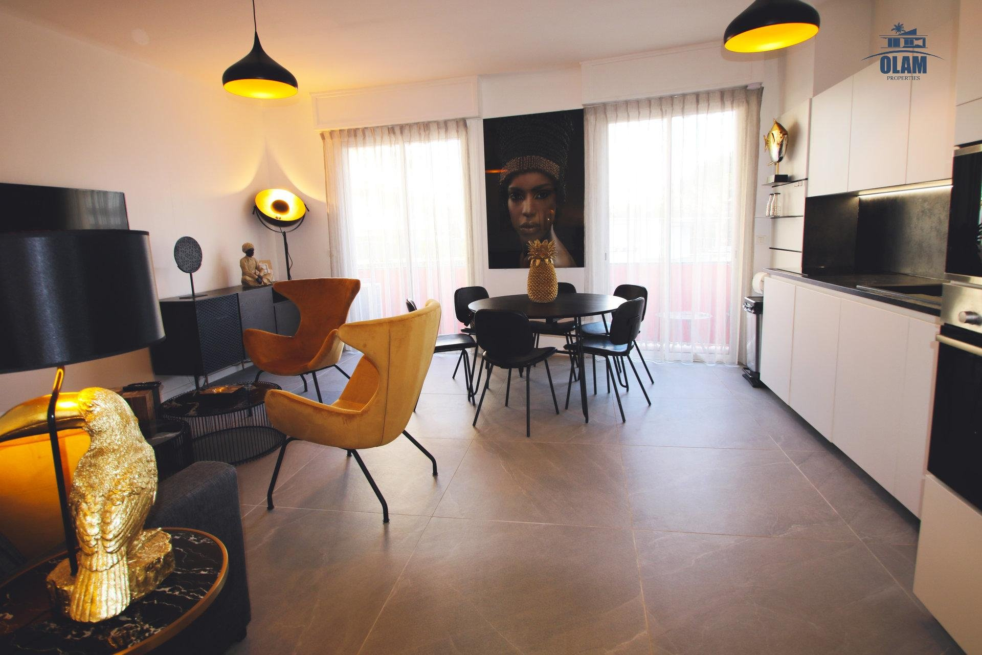 Living area, Cannes, seasonal rental, Armenonville, Croisette, French Riviera