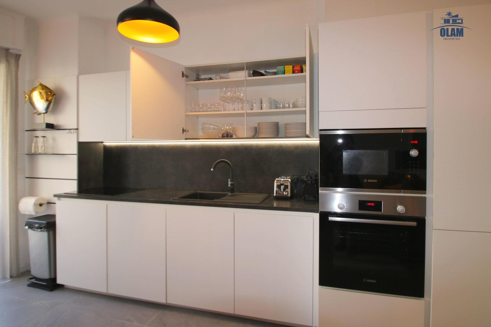 Fully-equipped kitchen, living room, cozy, balcony, Cannes, French Riviera