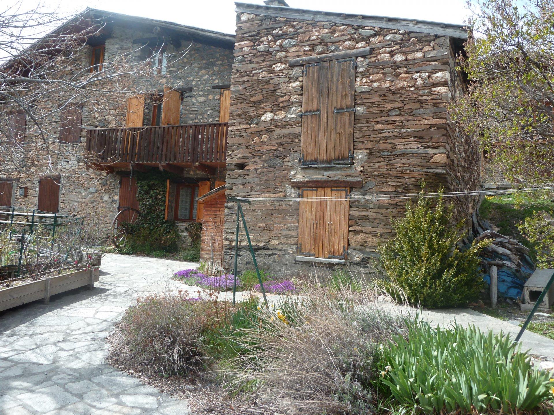 Sale Village house - Besse