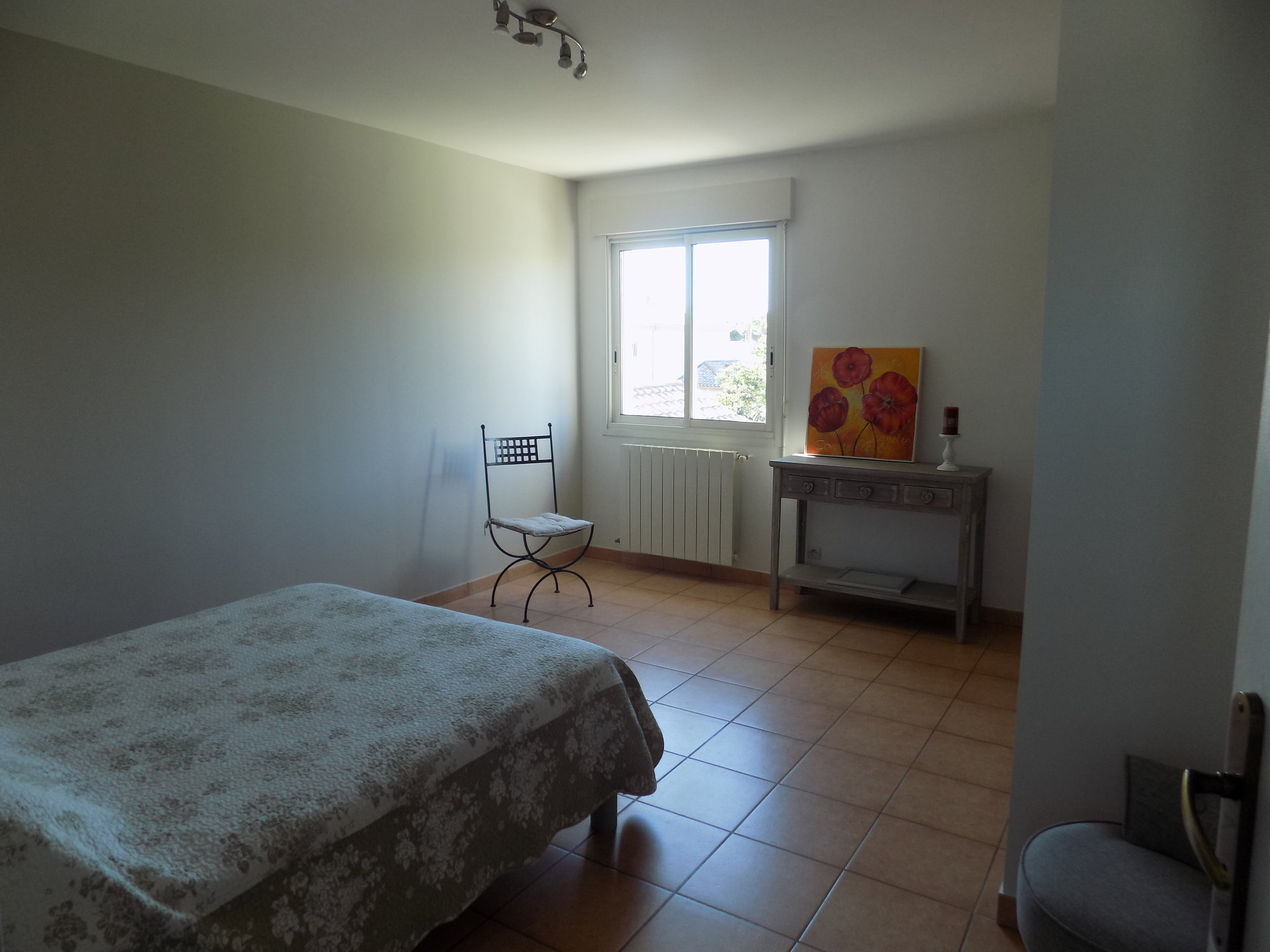 Villa 160m² 3 chambres + bureau piscine garage 1000m² de terrain, proche mer