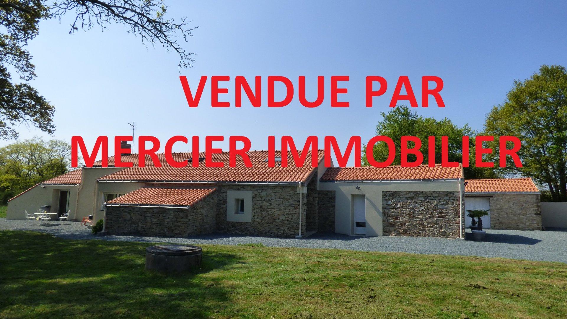 EXCLUSIVITE Saint Etienne de Montluc longere renovée