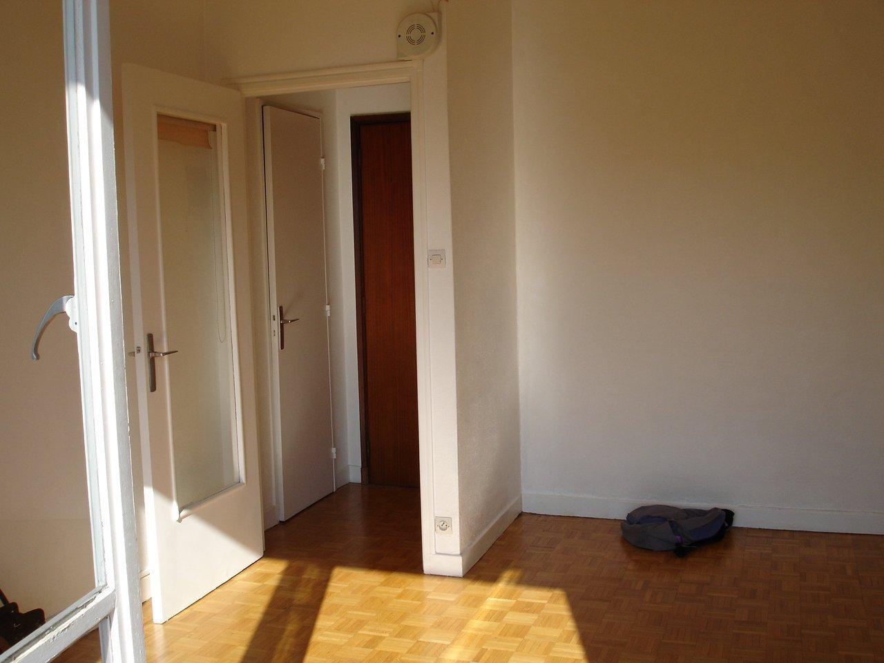 Rental Apartment - Grenoble Île Verte