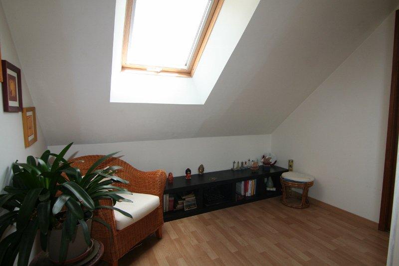 Skylight, high ceiling