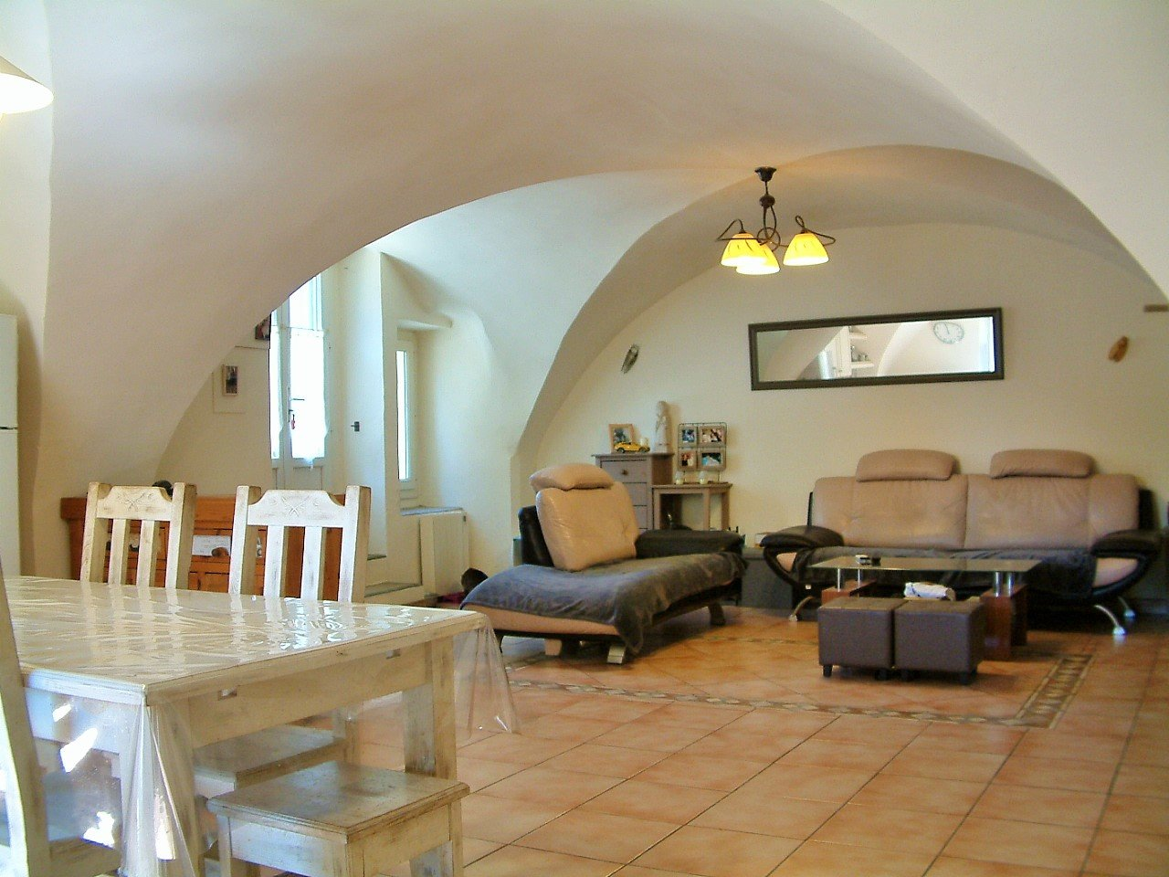 « Large stonehouse with 3 appartments »