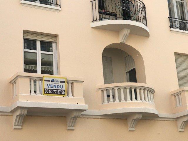 Cannes,avenue Galliéni.