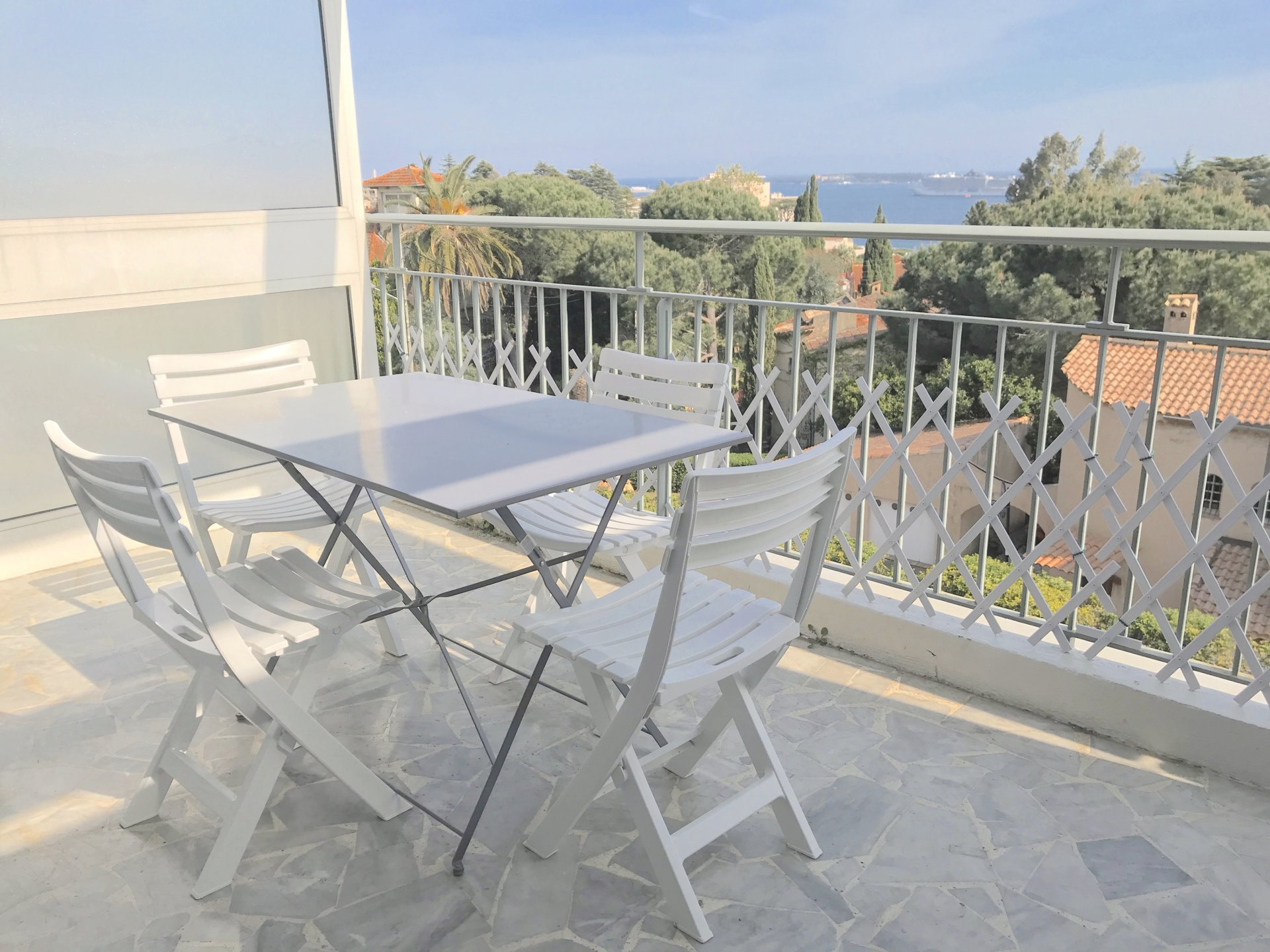CANNES-Nice property for holidays,near the sea...