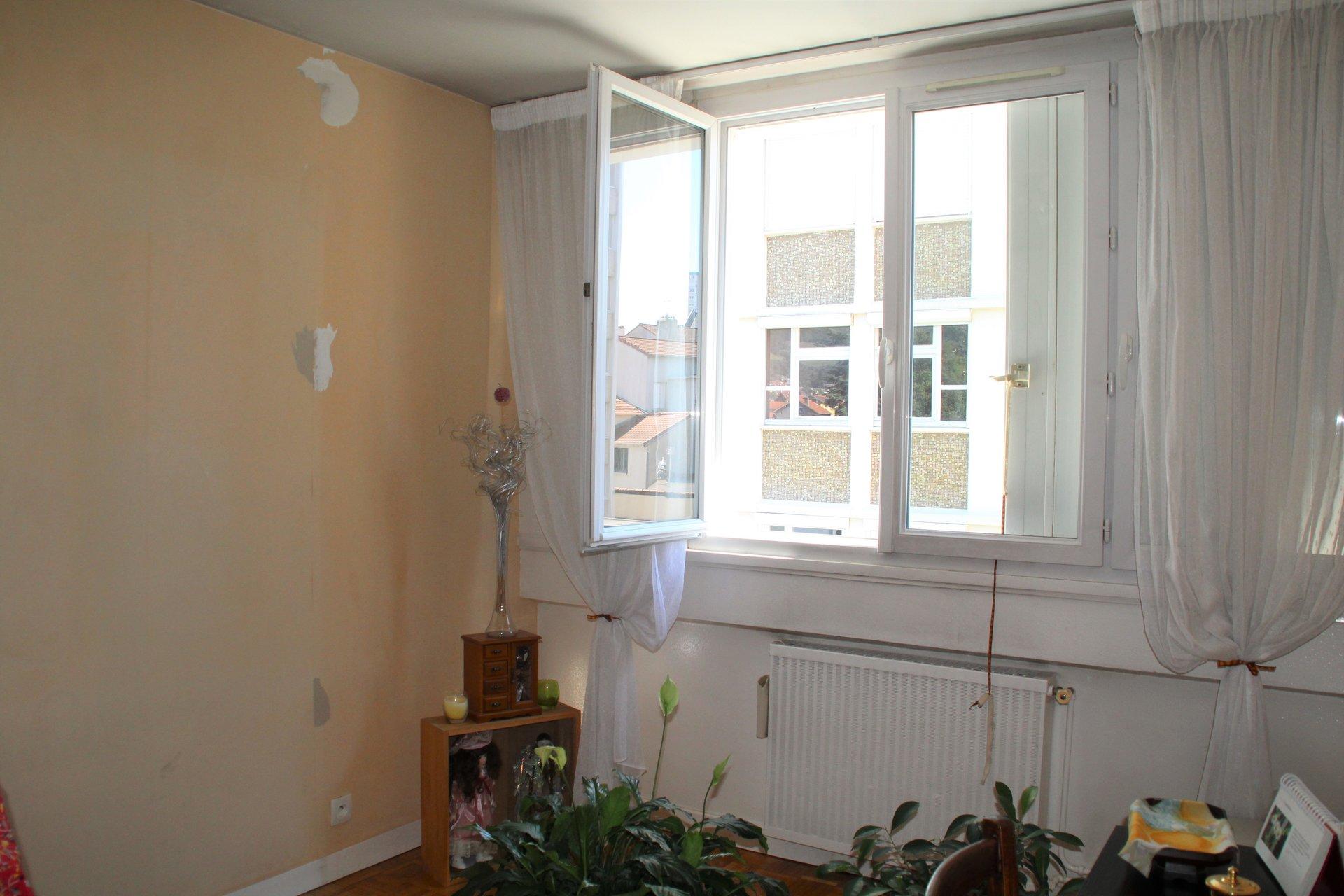 Appartement T4 proche centre-ville