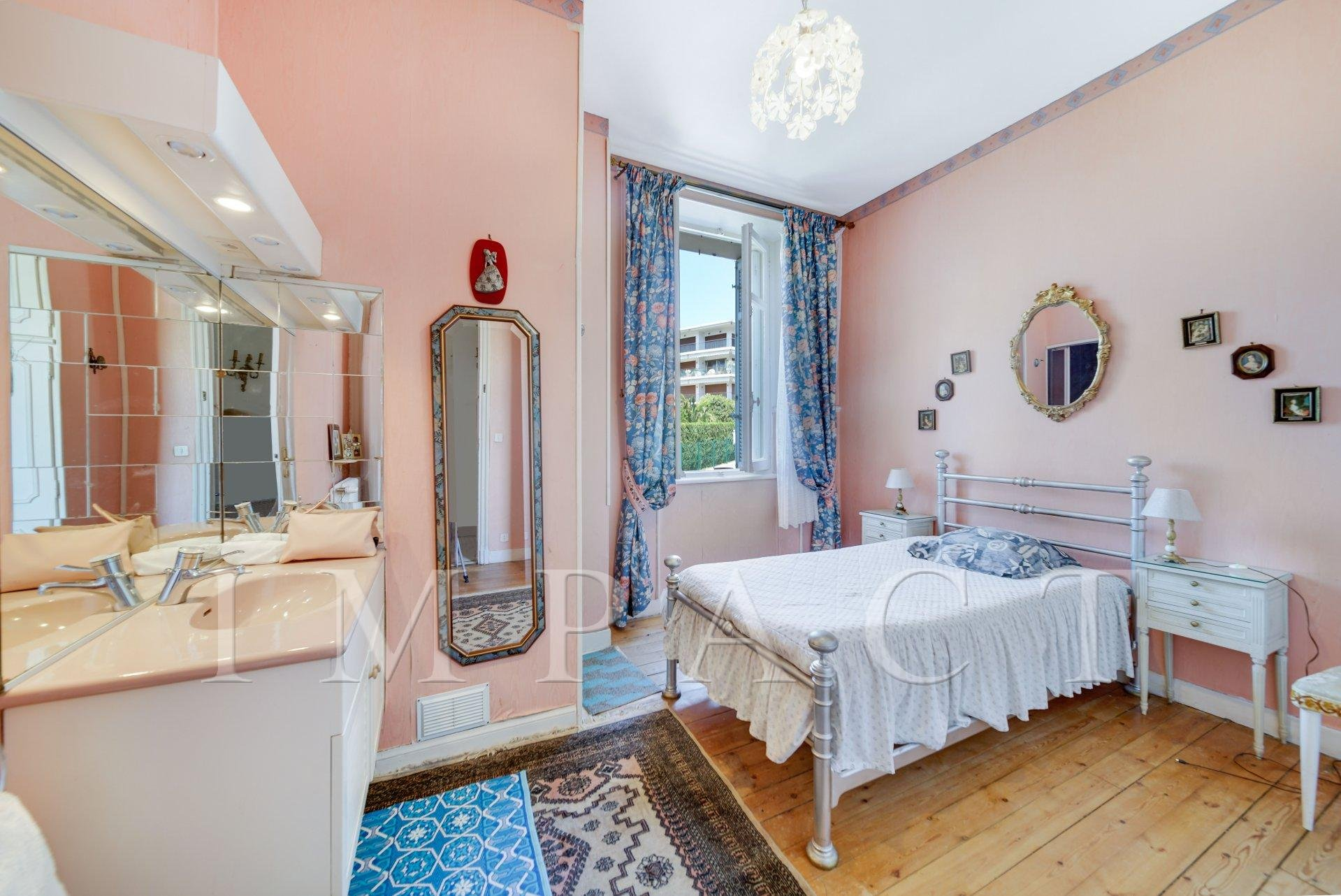 Bedroom n° 4