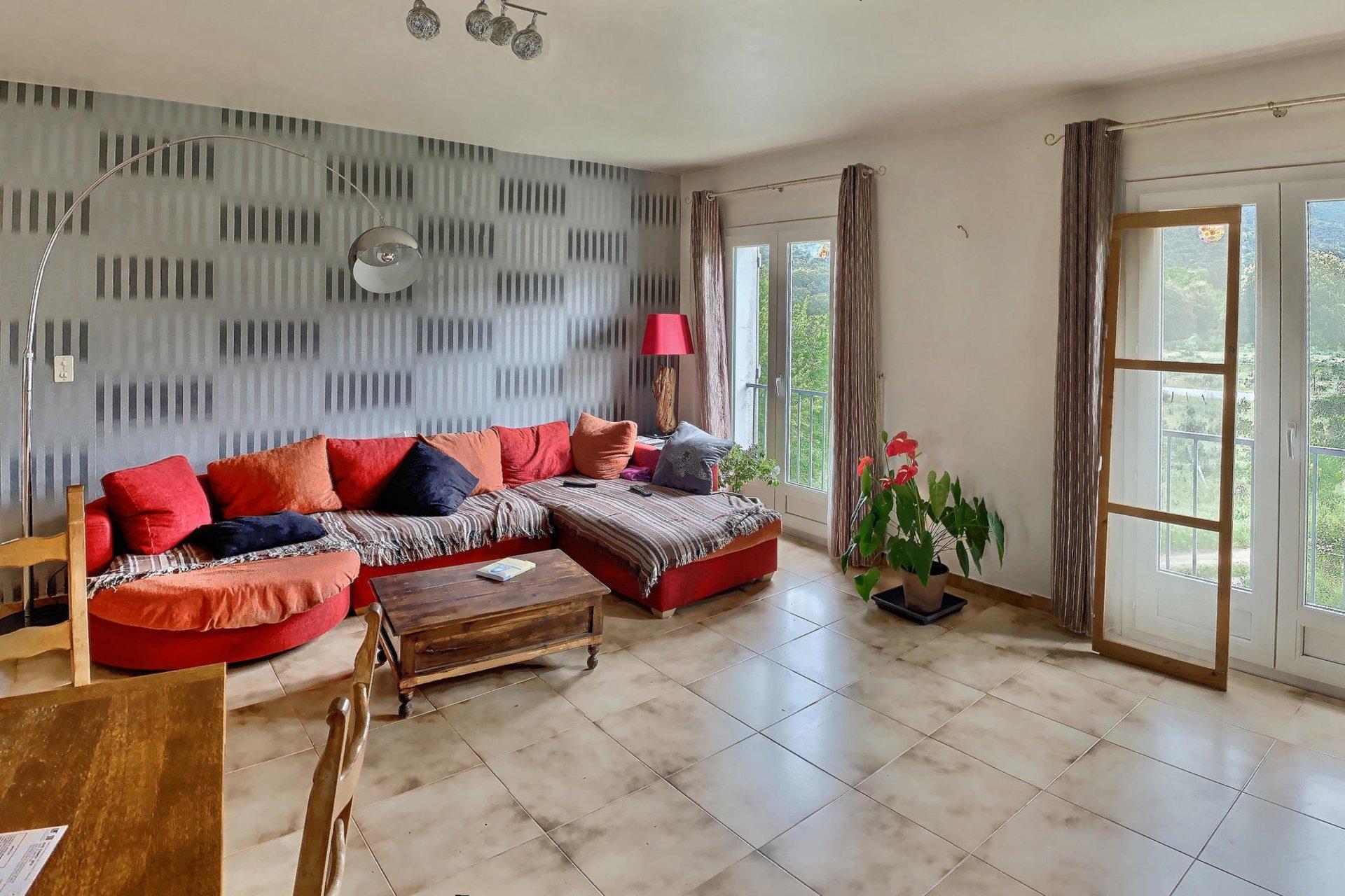 Maison composée de 3 appartements - Moltifao