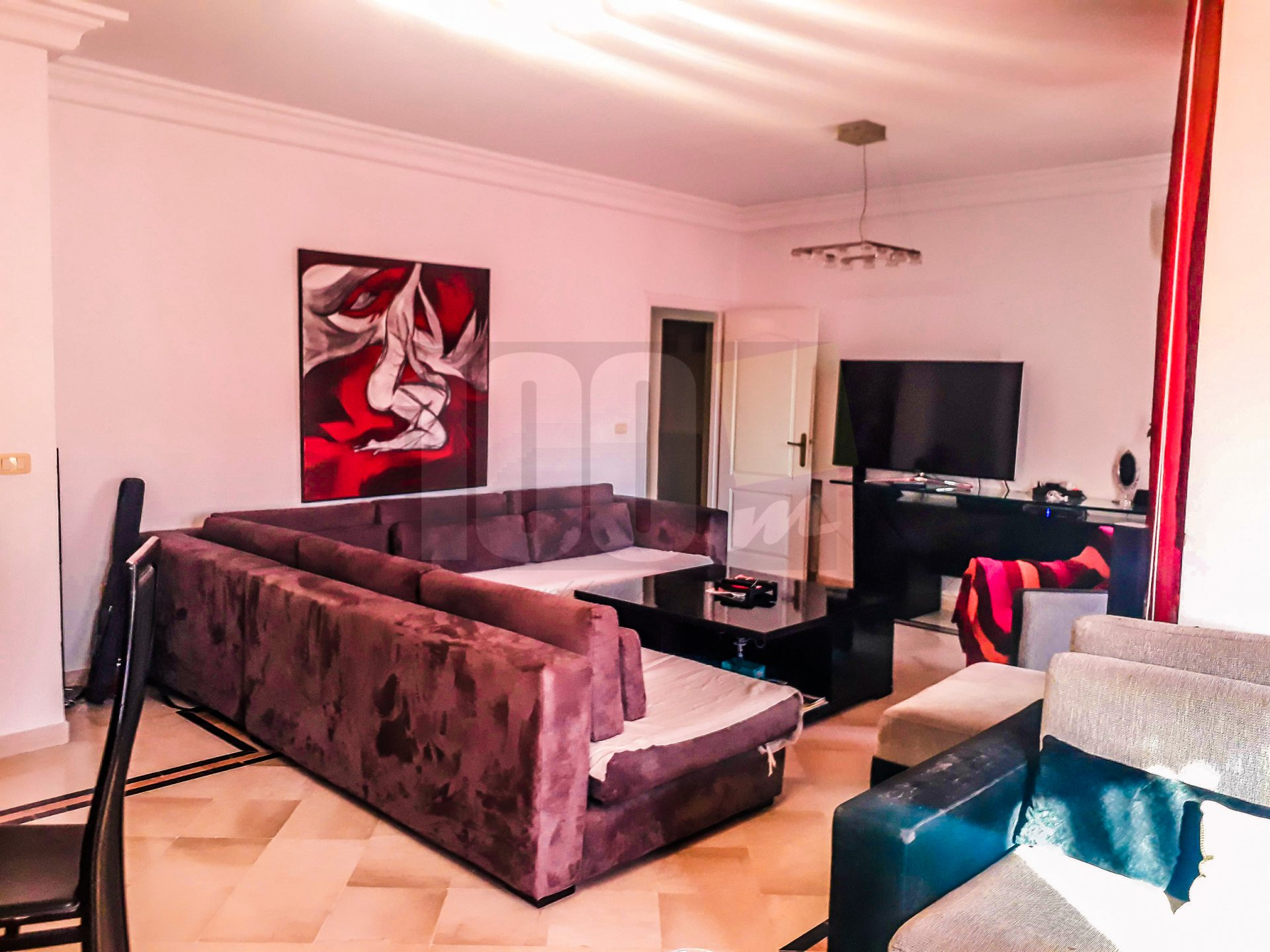 Vente un spacieux appartement S+3 à la Soukra