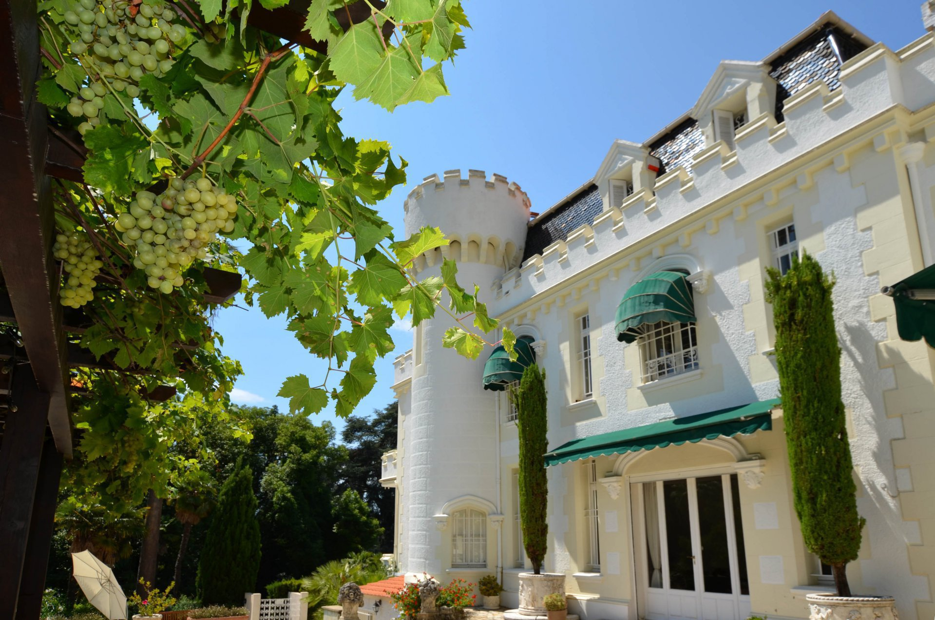 Cannes - Little Chateau - prime location