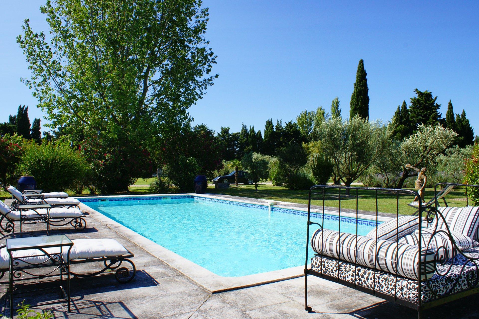 mazet provençal avec piscine et tennis Saint Rémy De pce