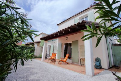 Roquebrune / s-Argens, detached house, T4 in domaine with swimming pool