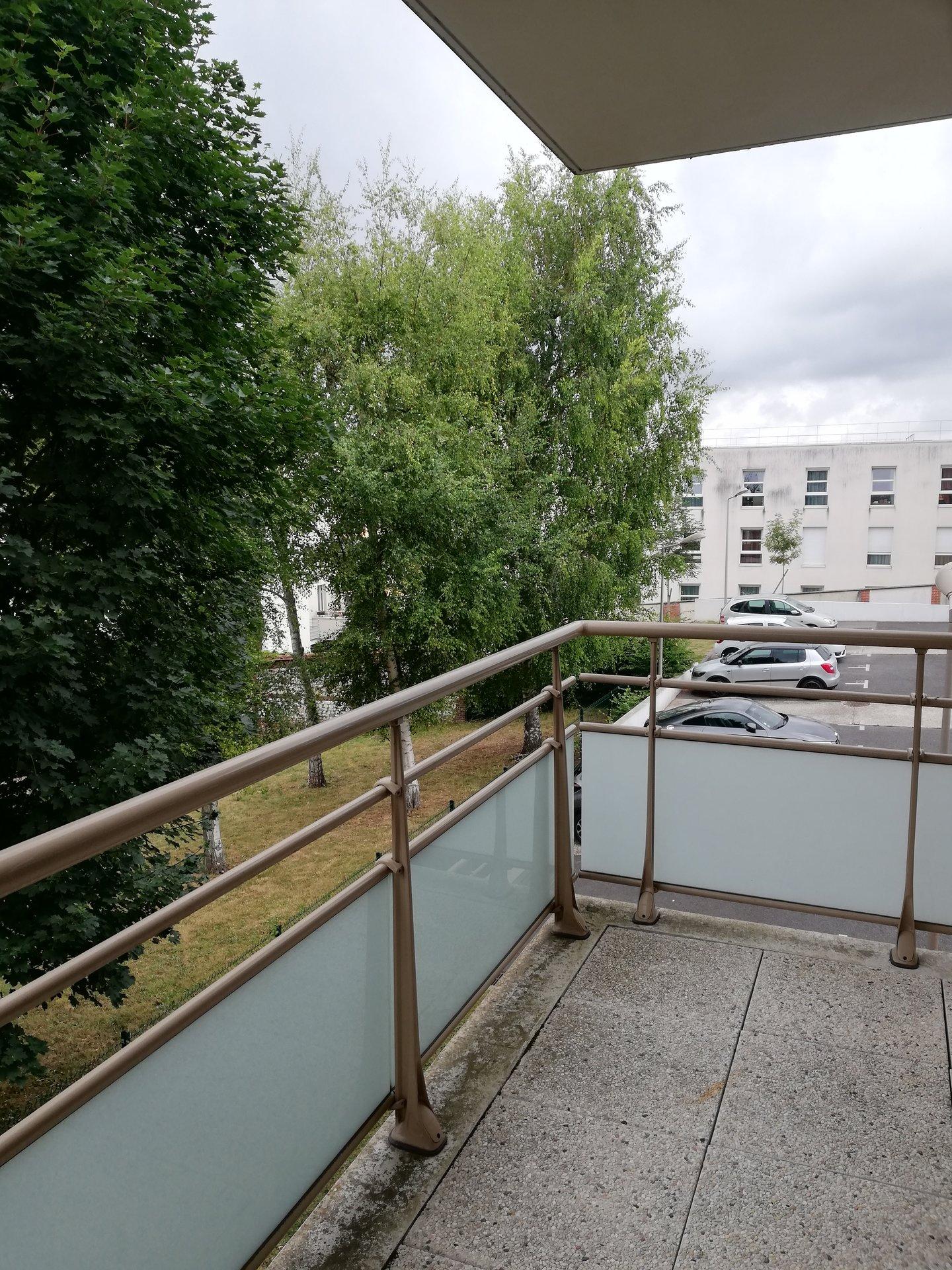 appartement T4 à 5 mn des docks ROUEN